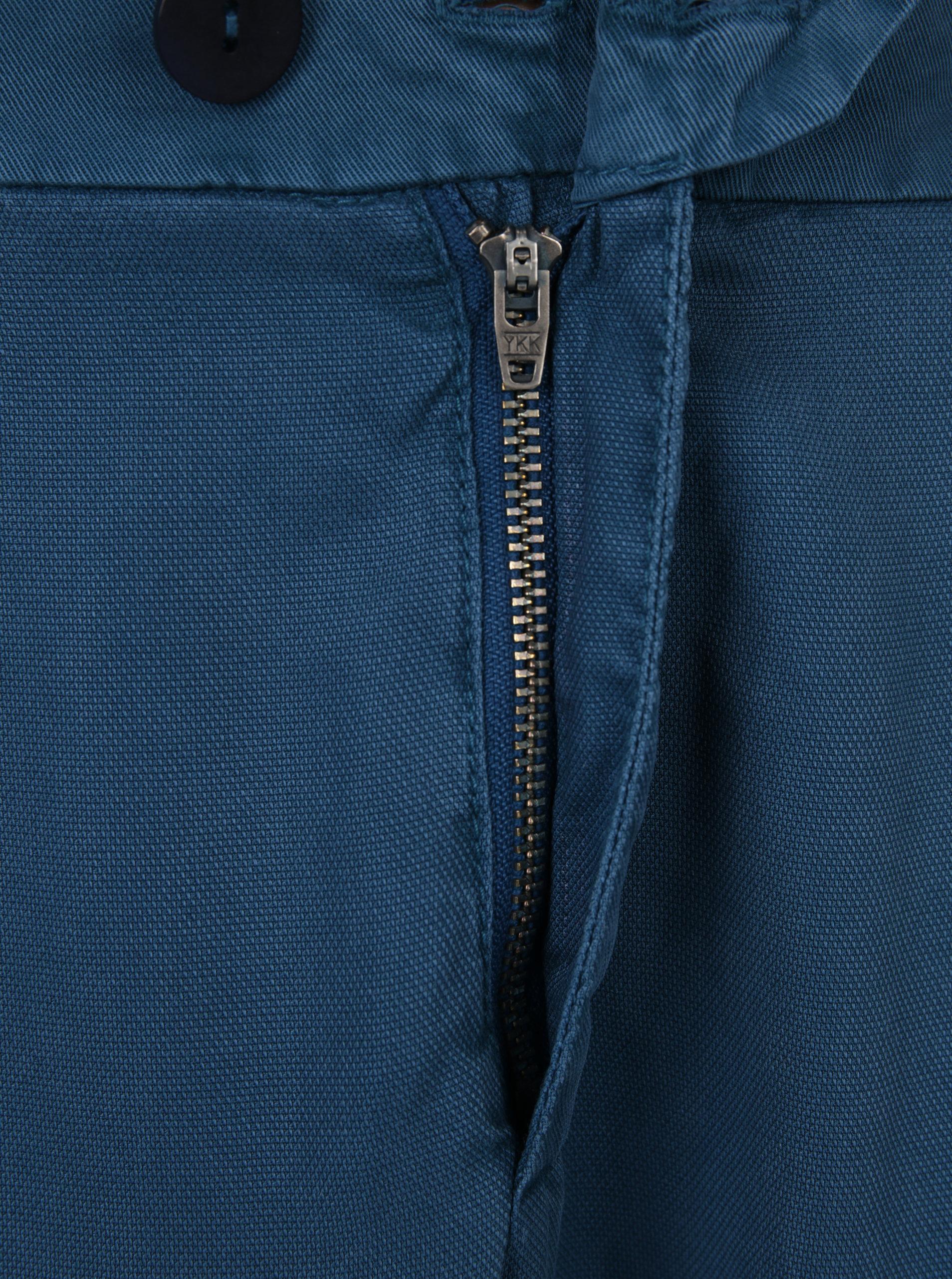 526d179f5c64 Petrolejové dámske skrátené chino nohavice s.Oliver ...
