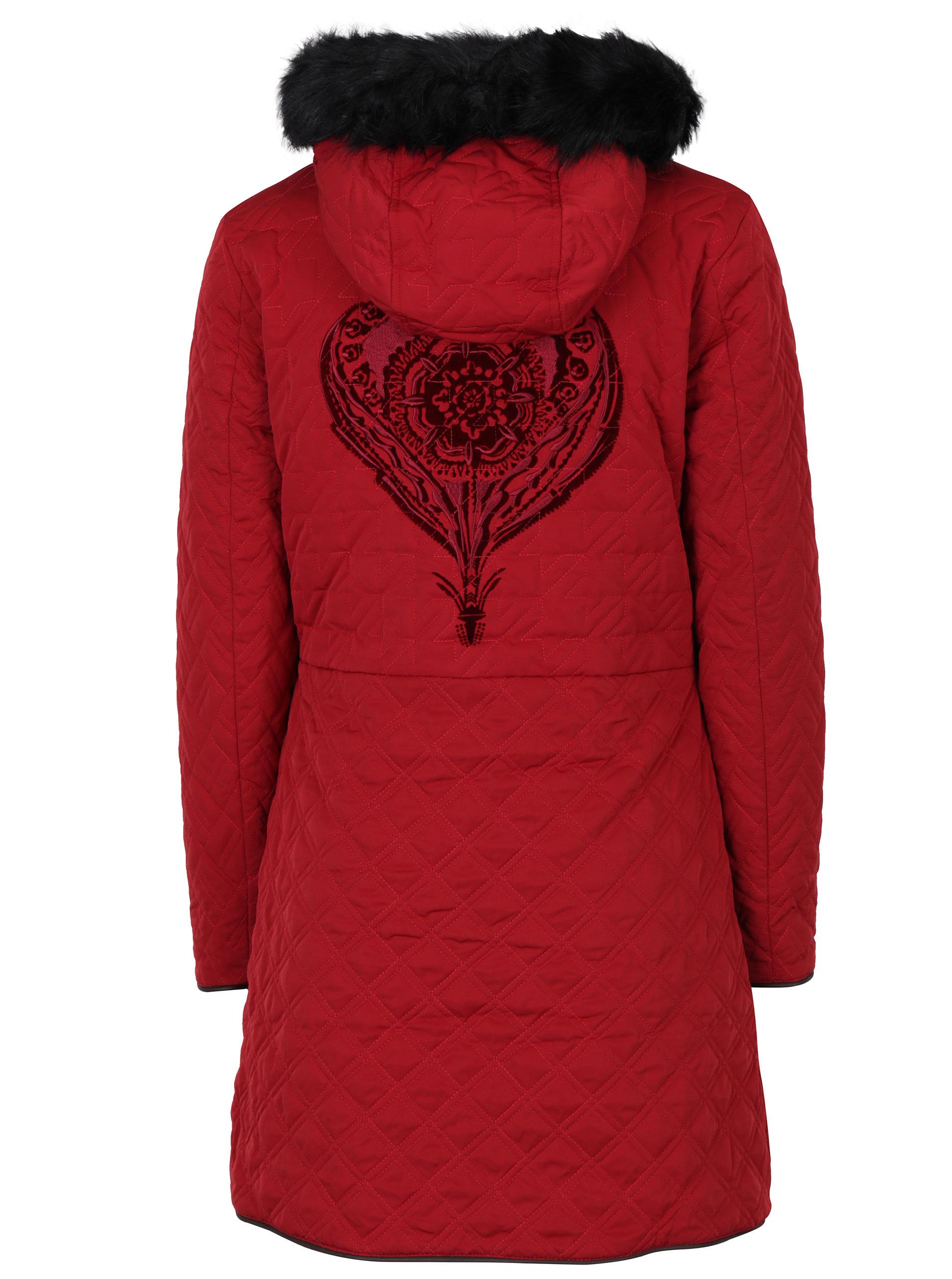 Červený oboustranný dlouhý kabát s kožíškem Desigual Azul ... 844b484b35