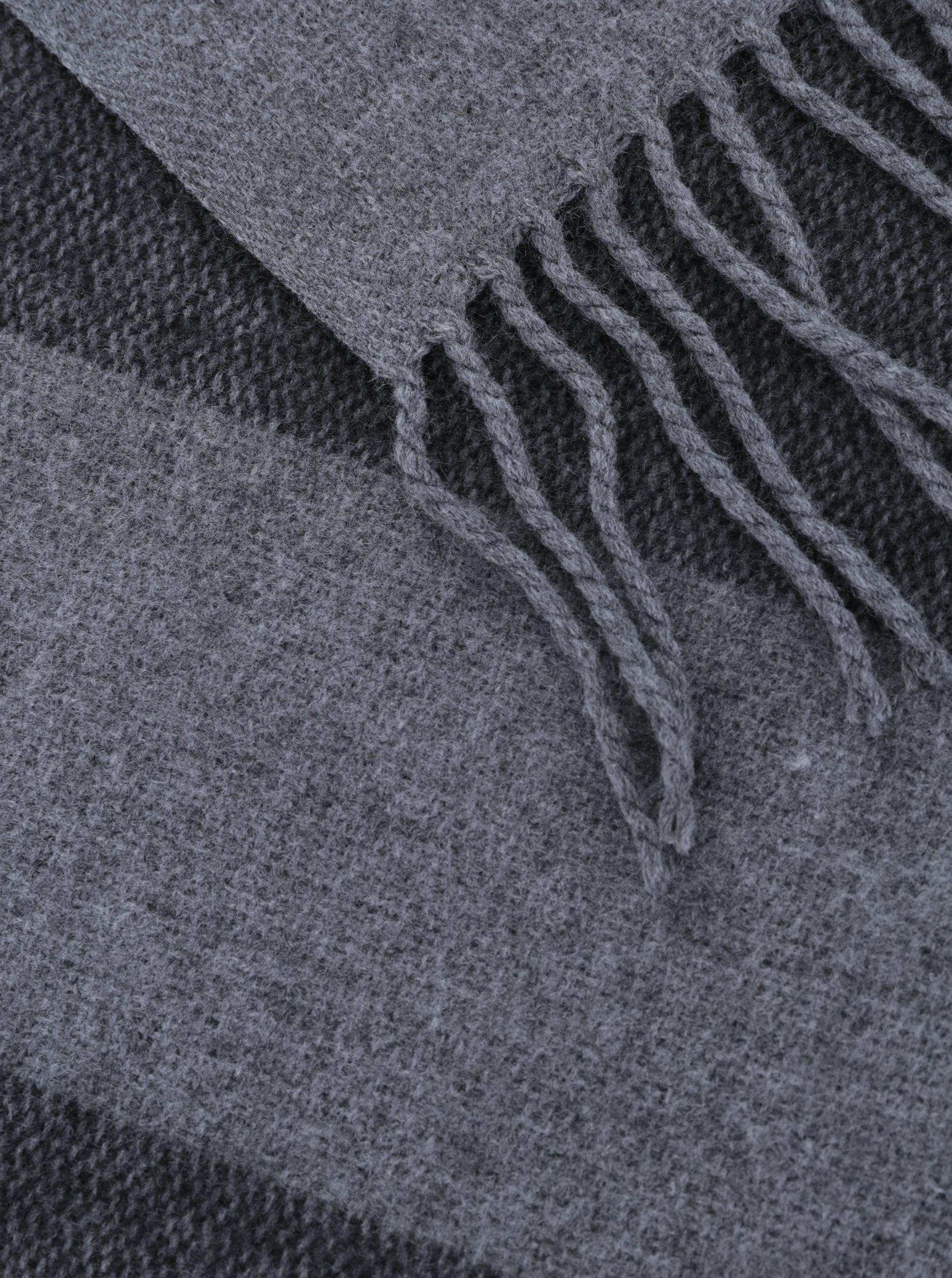 0395a3a9ec25 Sivý pruhovaný dlhý šál so strapcami Pieces Jorina ...