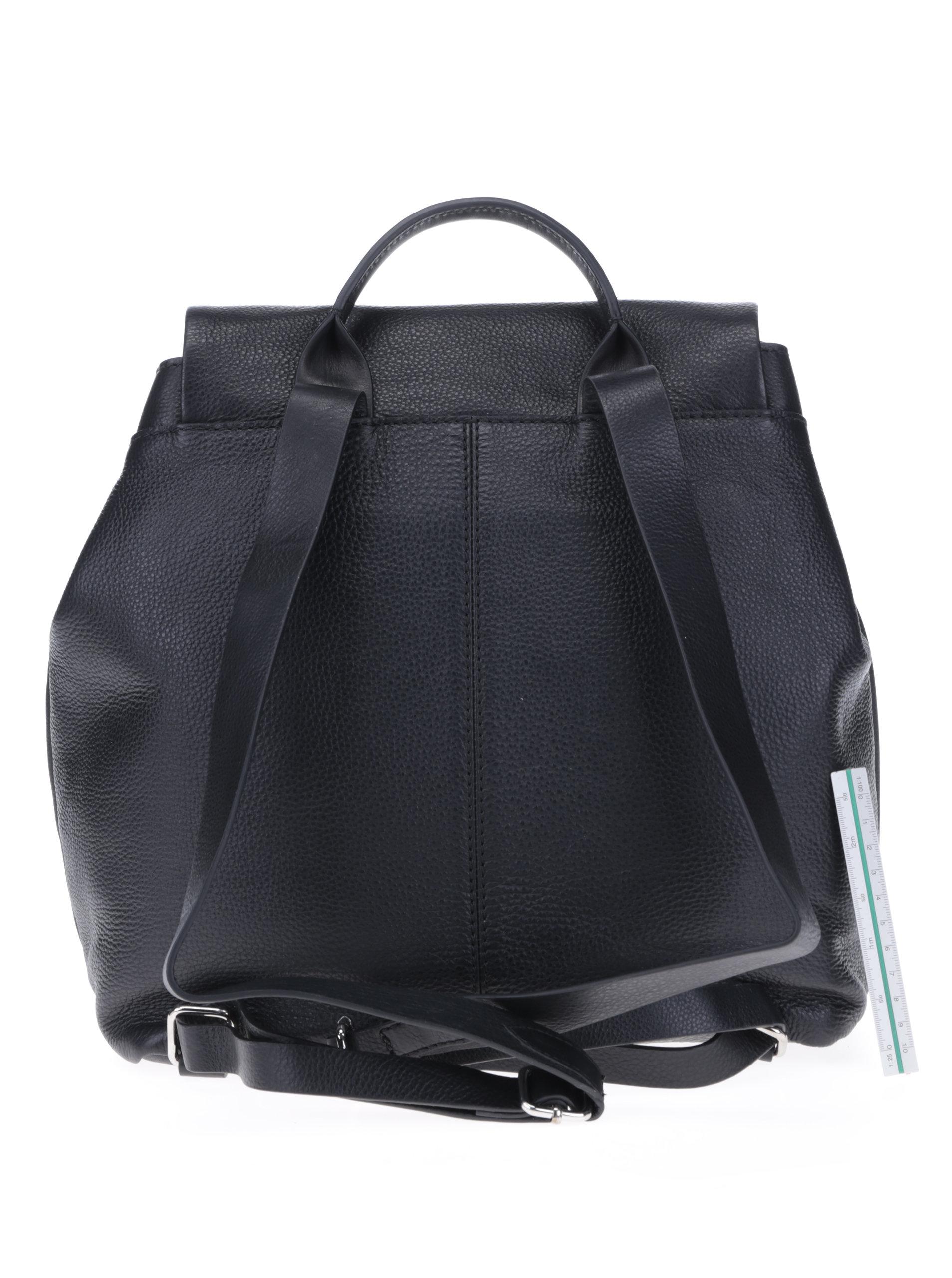 1e227d4563 Černý dámský kožený batoh Clarks Totterdown Bay ...