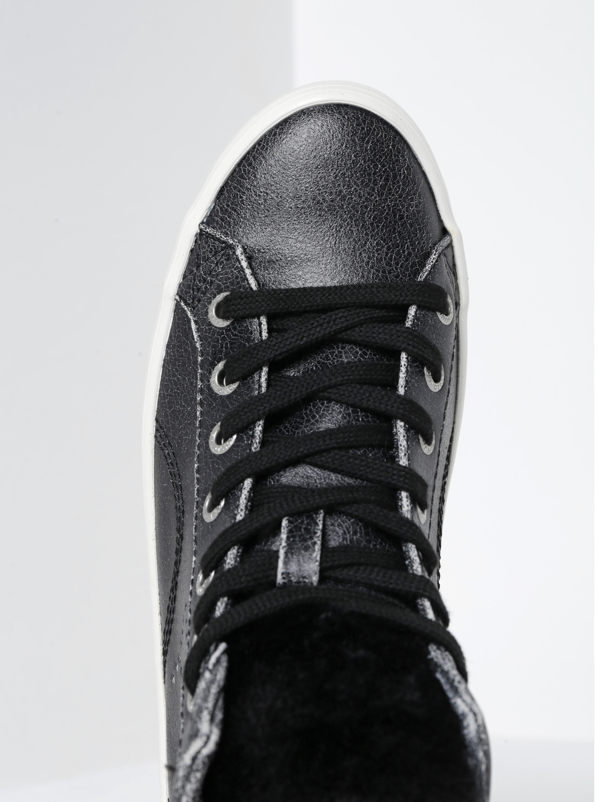 2fb192b1752 Černé dámské kotníkové tenisky Pepe Jeans Clinton Sally ...