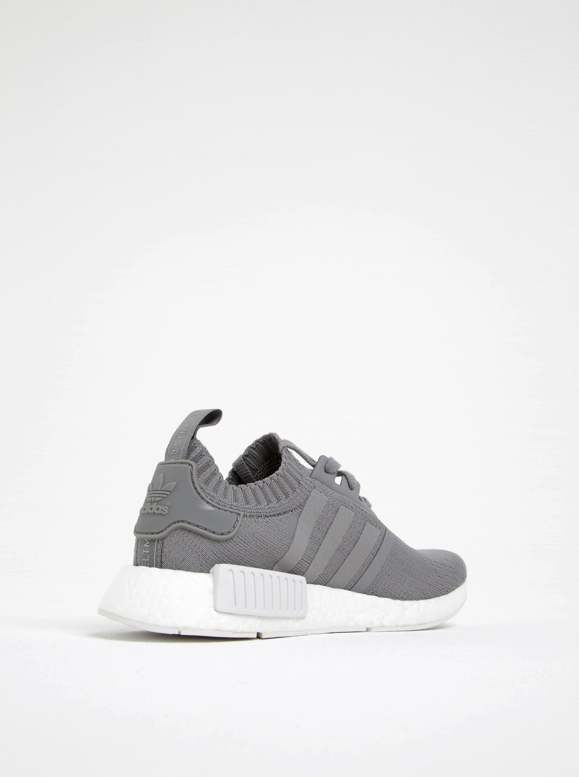 Sivé dámske tenisky adidas Originals NMD R1 ... 025ba40349