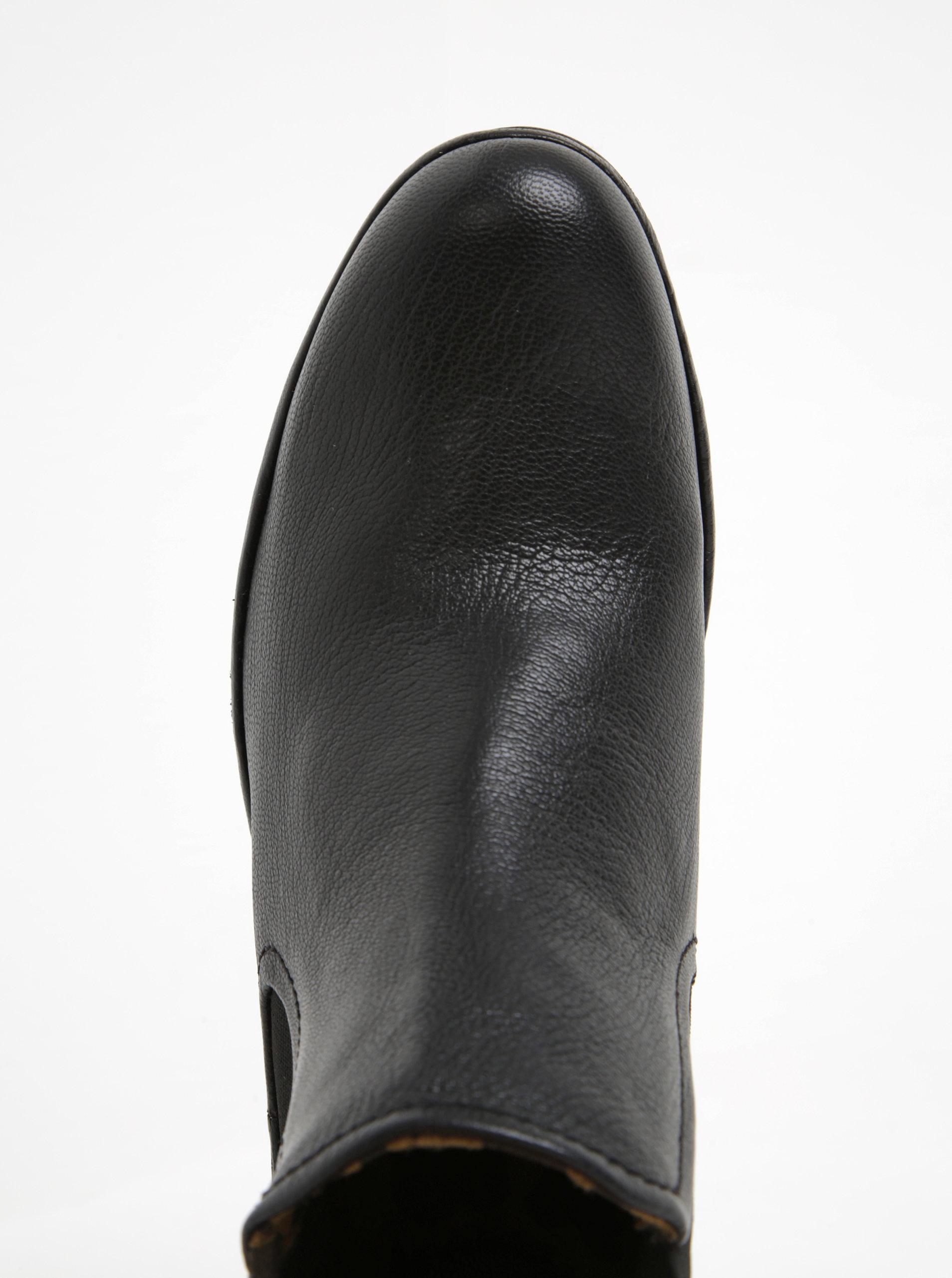 546d8bcaf827 Čierne dámske kožené chelsea topánky na platforme FLY London ...