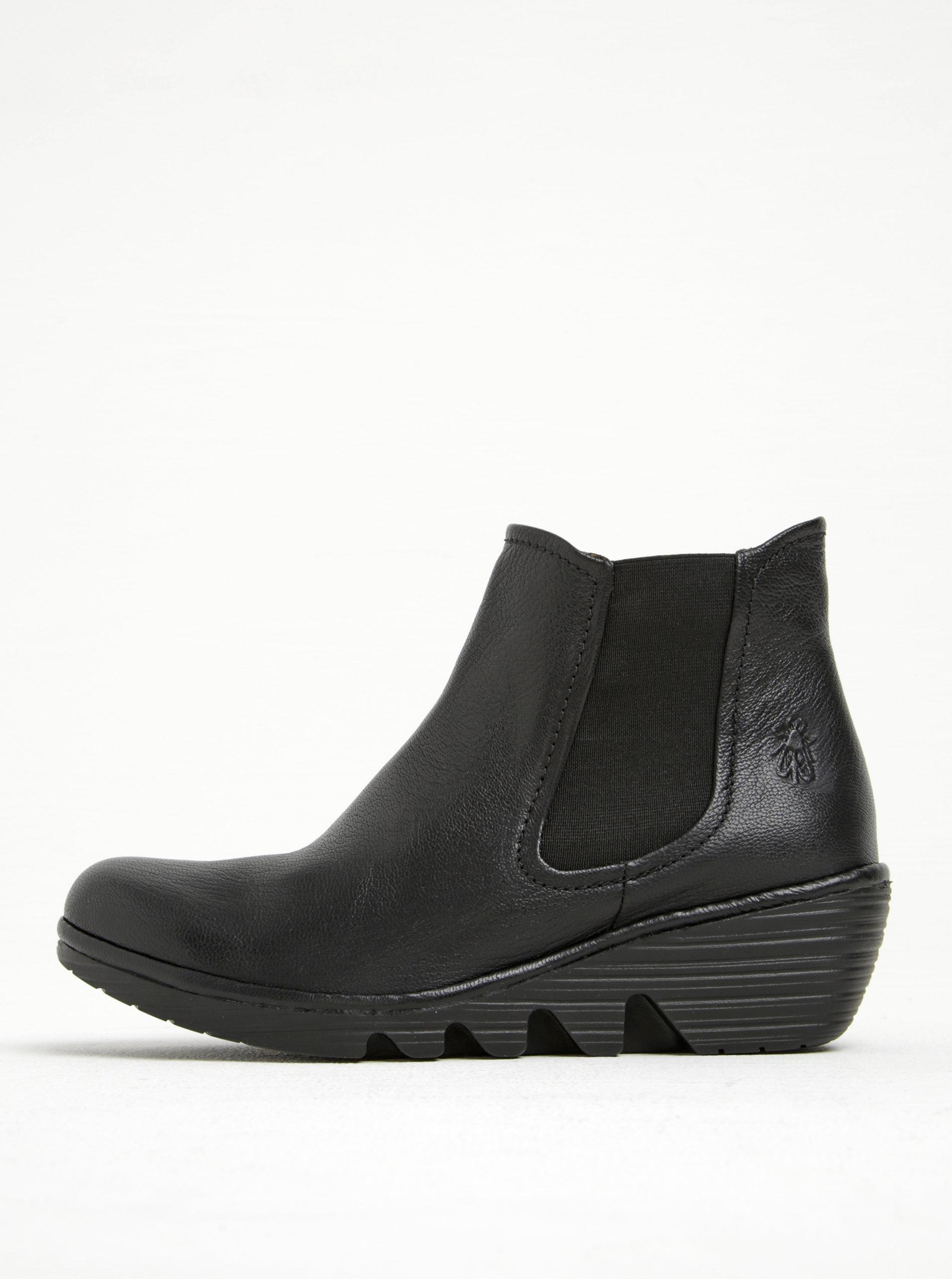 Černé dámské kožené chelsea boty na platformě FLY London ... a82d908a1a