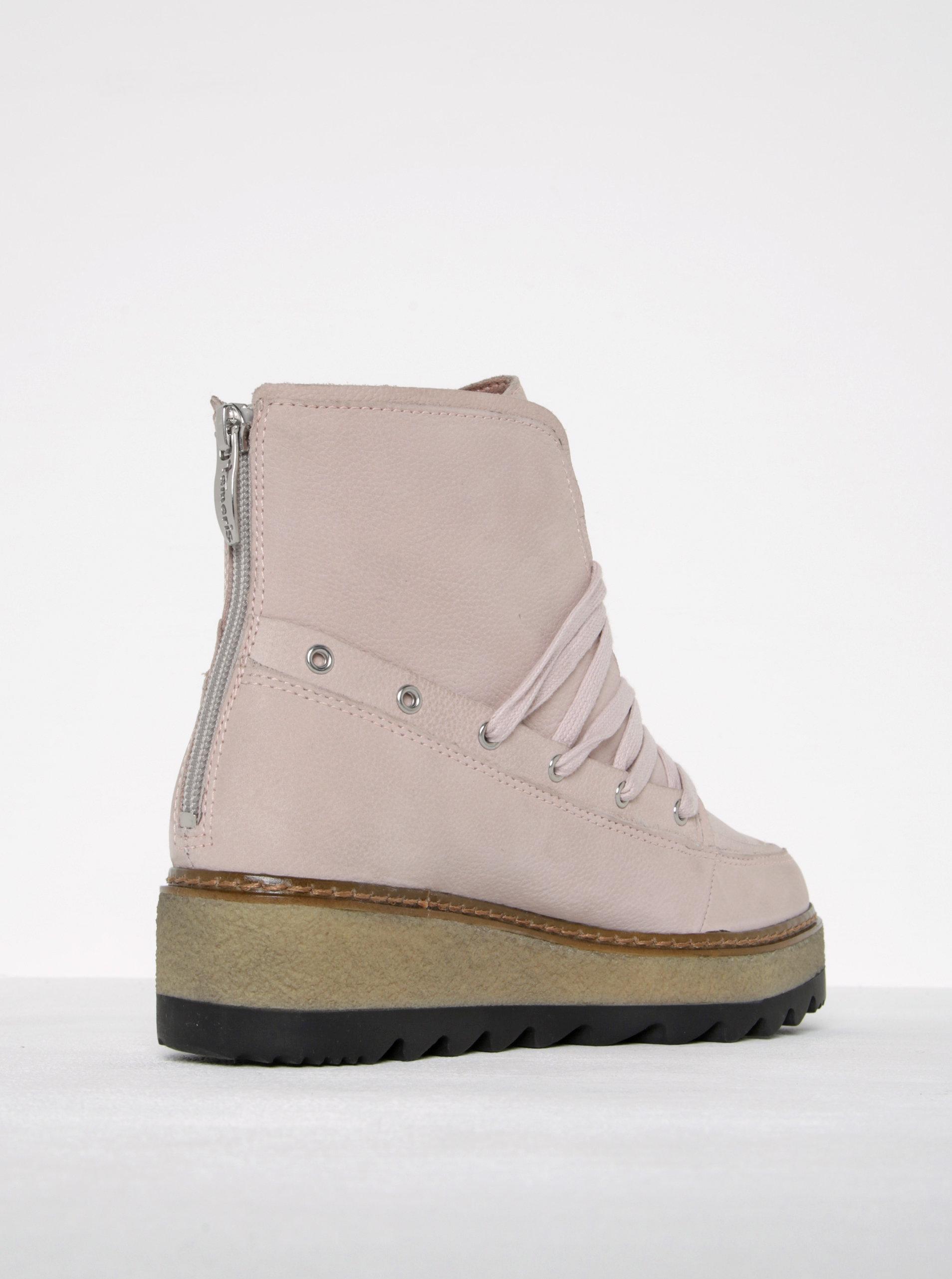 59924f47c3b2 Svetloružové kožené členkové topánky na platforme Tamaris ...