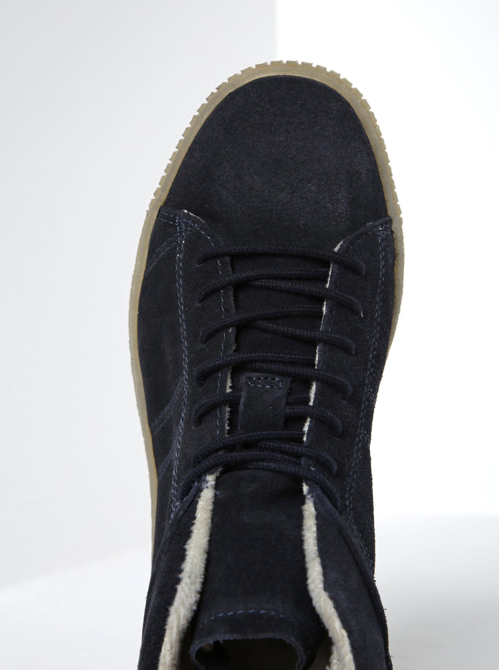 35e8378387 Tmavě modré semišové tenisky na platformě Tamaris ...