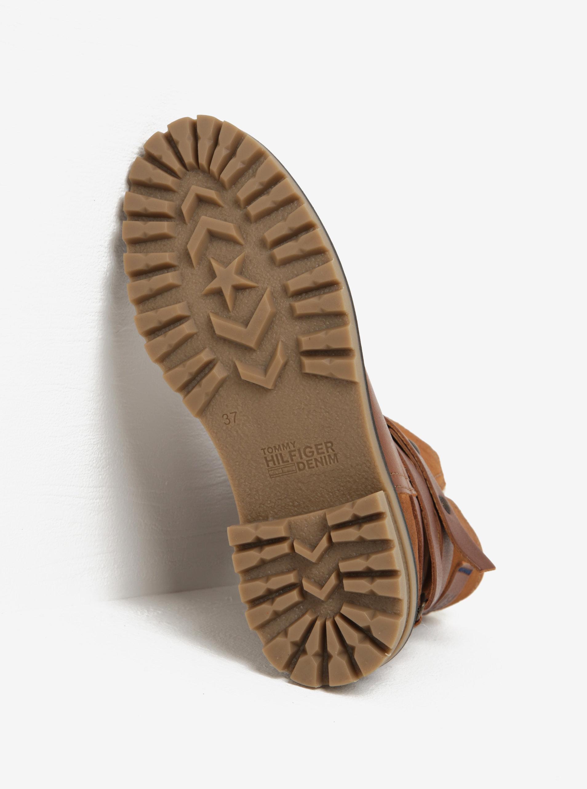 233bfbca151 Hnědé dámské kožené kotníkové boty s umělým kožíškem Tommy Hilfiger Corey  ...