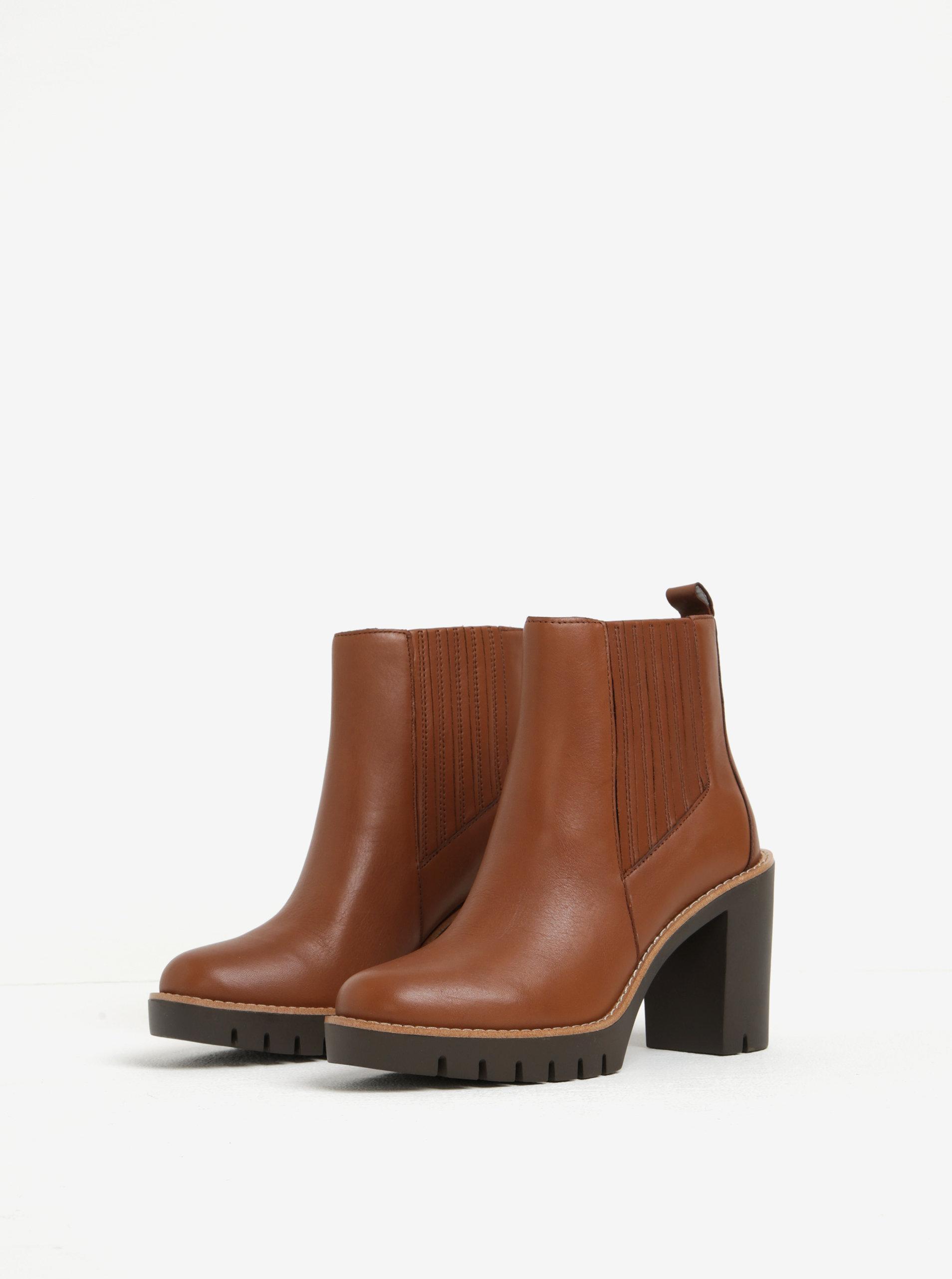 1b2921bdf355 Hnedé dámske kožené chelsea topánky na vysokom podpätku Tommy Hilfiger  Paola ...