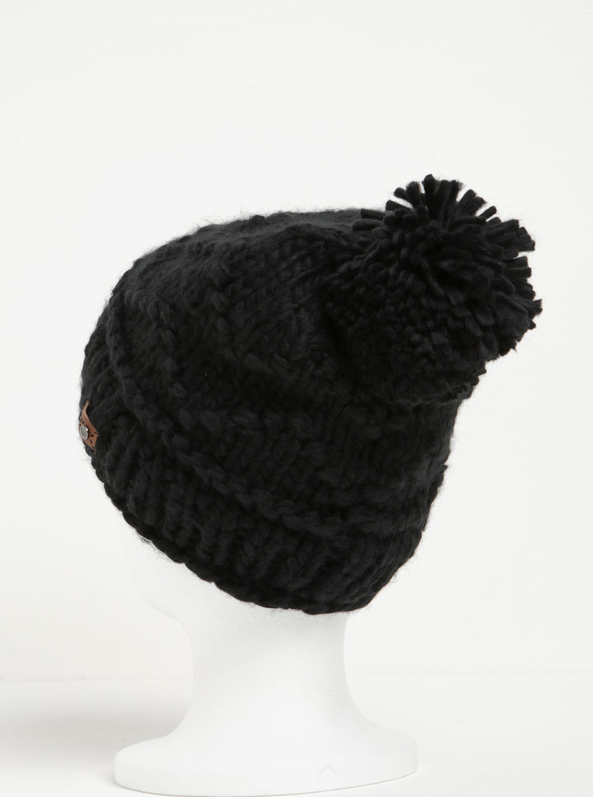 138ca25faef Černá dámská pletená čepice s bambulí Roxy Winter ...
