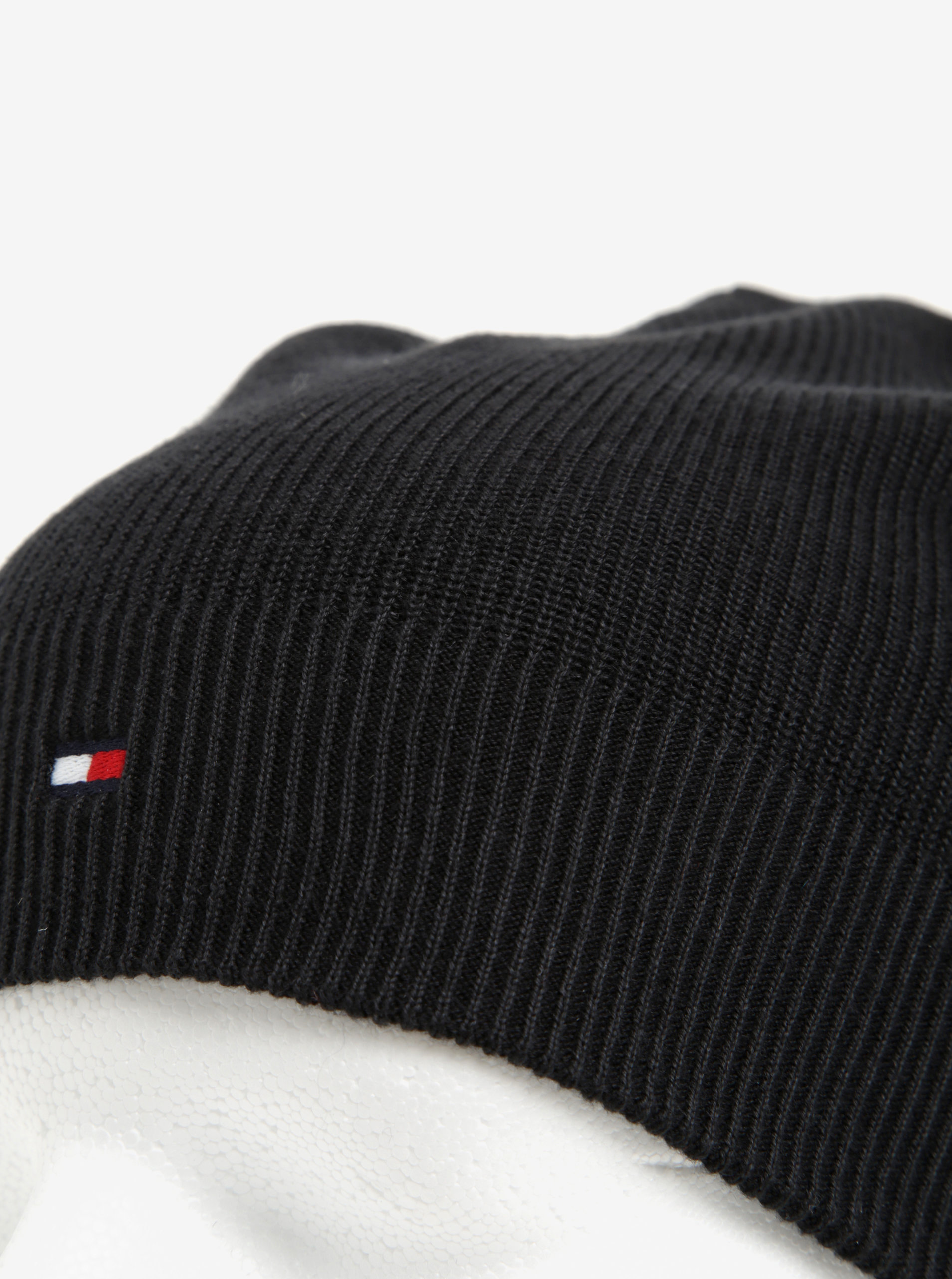Čierna pánska čiapka Tommy Hilfiger ... 5631ac82a75