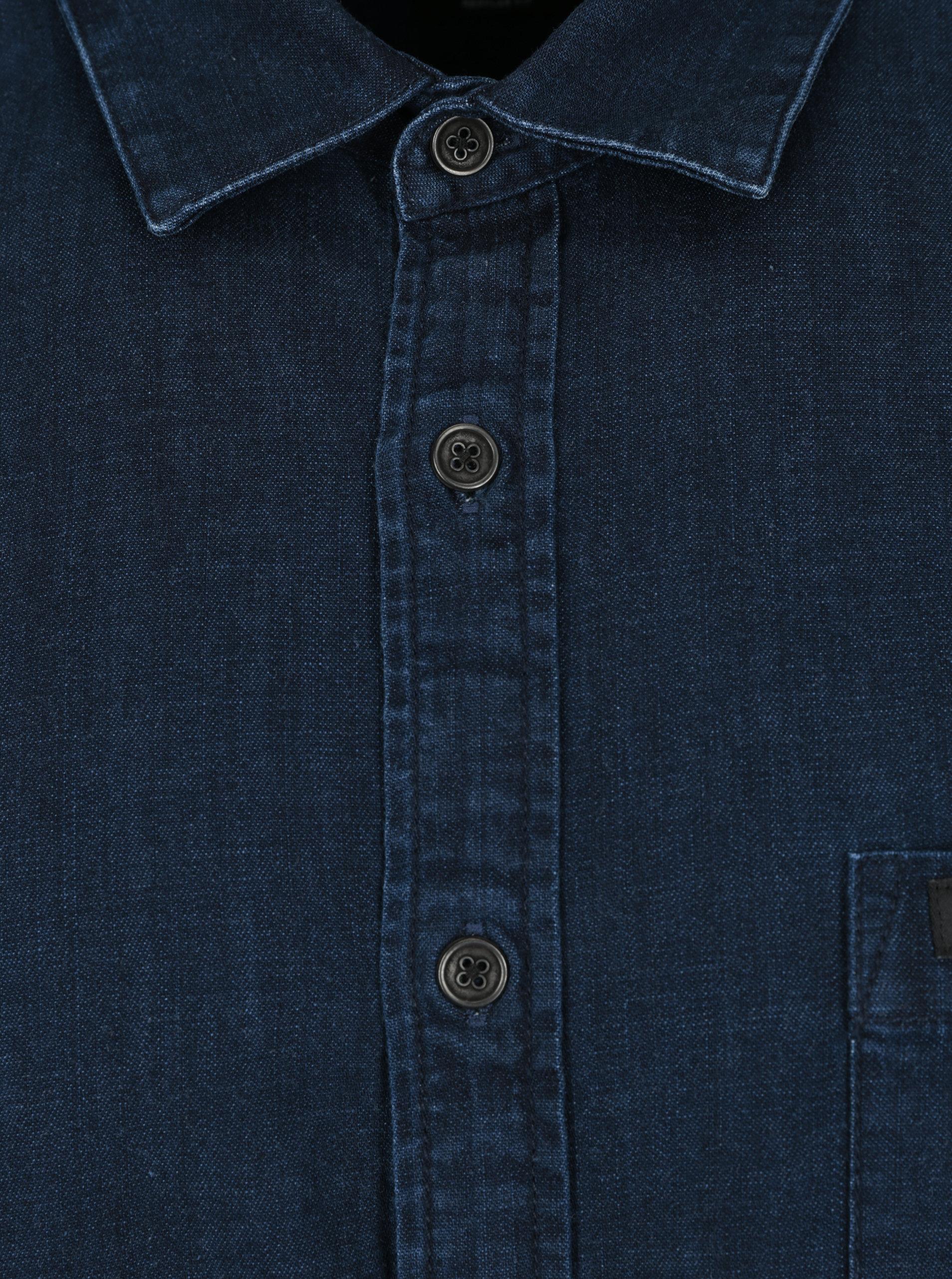 2a7f4f969a31 Tmavomodrá pánska rifľová košeľa s dlhým rukávom Makia Luoto ...