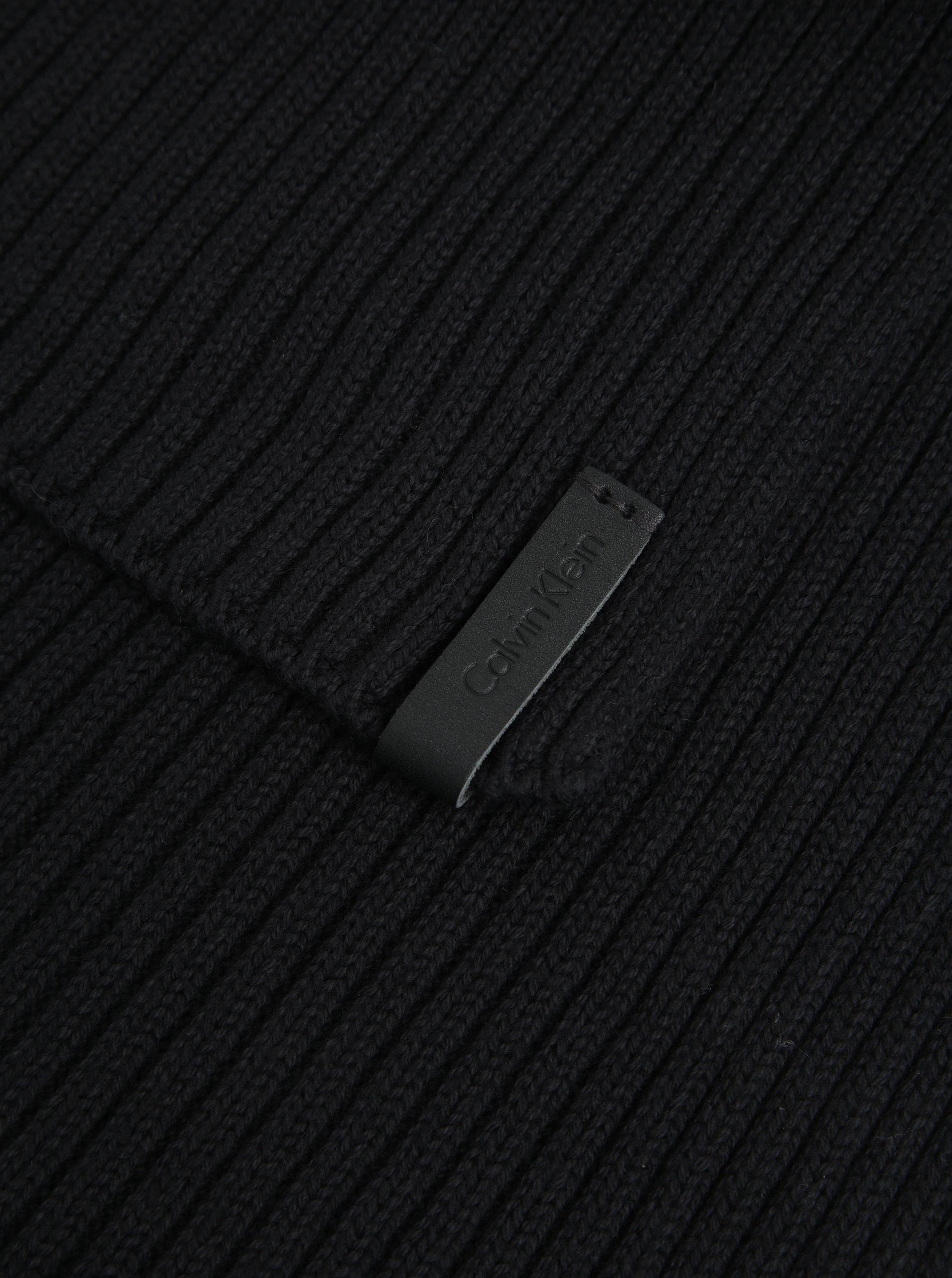 f01543cfeb Černá pánská šála Calvin Klein Jeans Octave ...