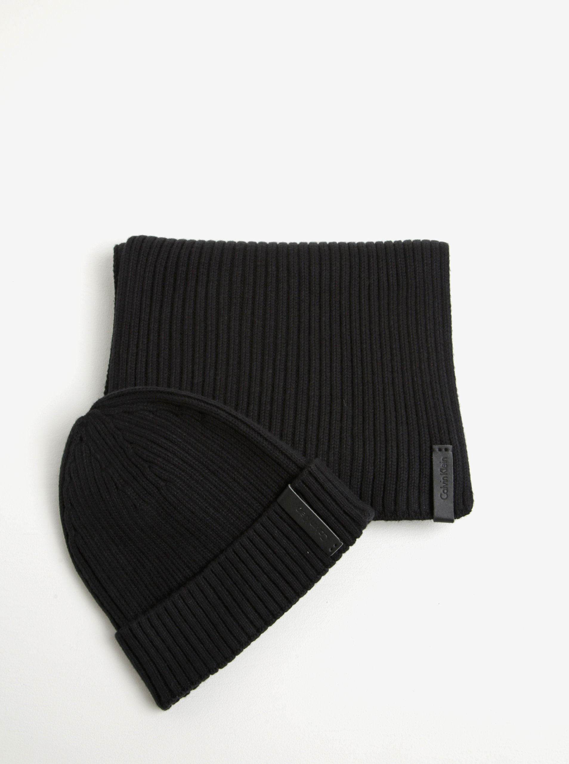 71a4f1c096 Černý pánský set čepice a šály Calvin Klein Jeans Octave ...