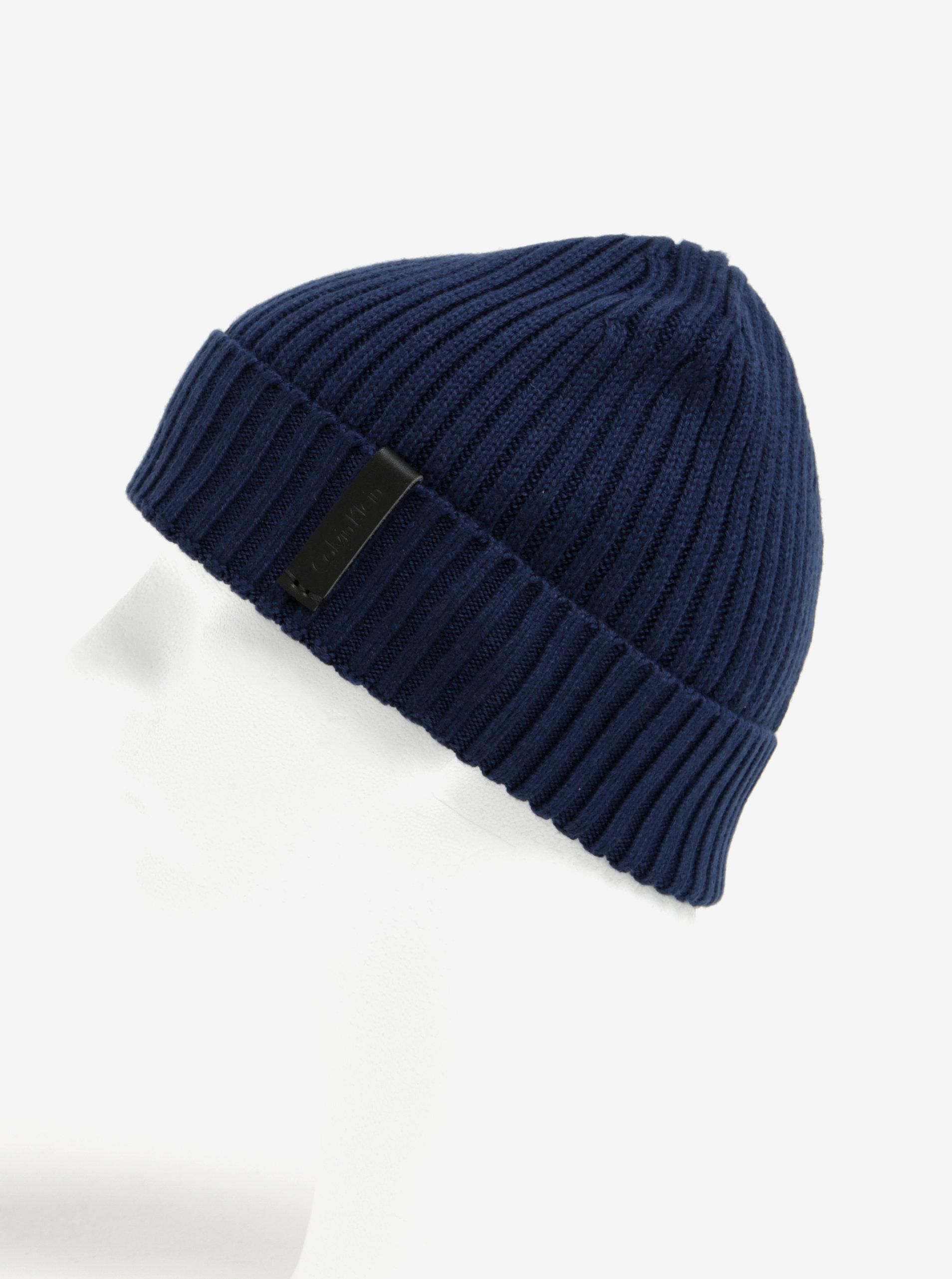 8b48370bf Tmavomodrá pánska súprava čiapky a šálu Calvin Klein Jeans Octave ...