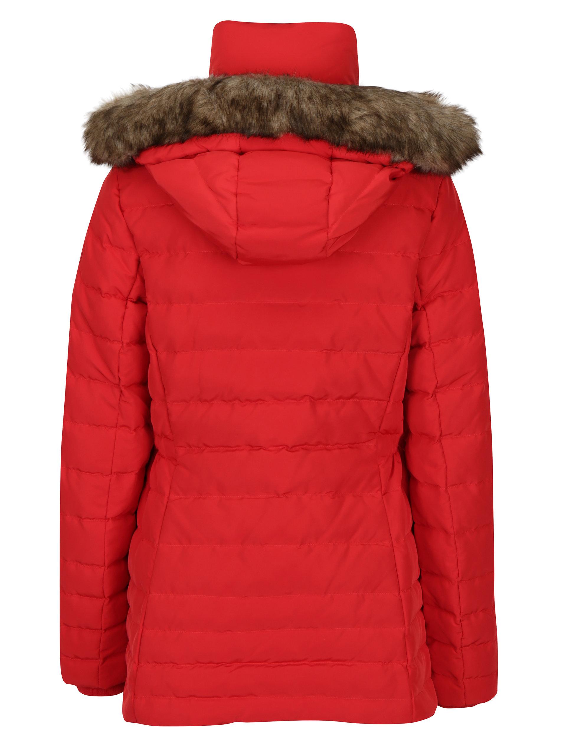 cdae2d977 Červená dámská voděodpudivá péřová bunda Tommy Hilfiger Cress Down ...