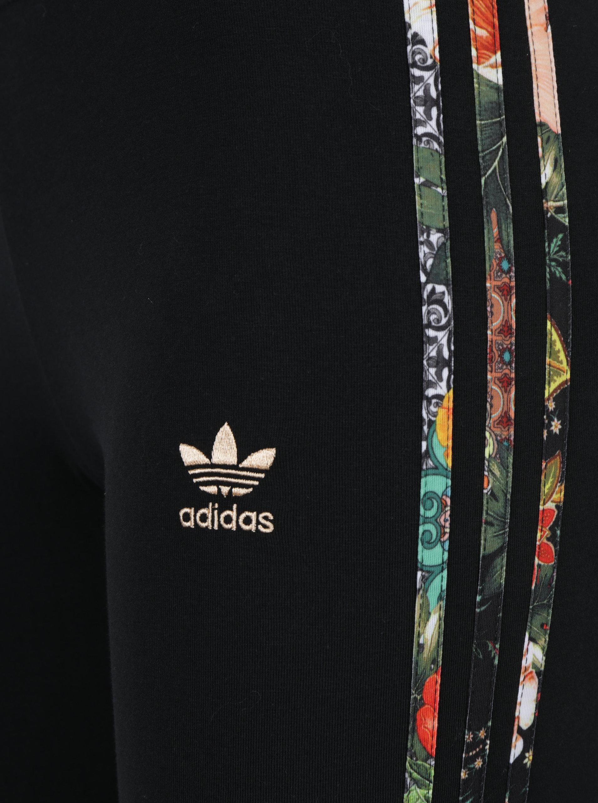 bbfb3271987f Čierne dámske legíny so vzorovanými pruhmi na bokoch adidas Originals ...