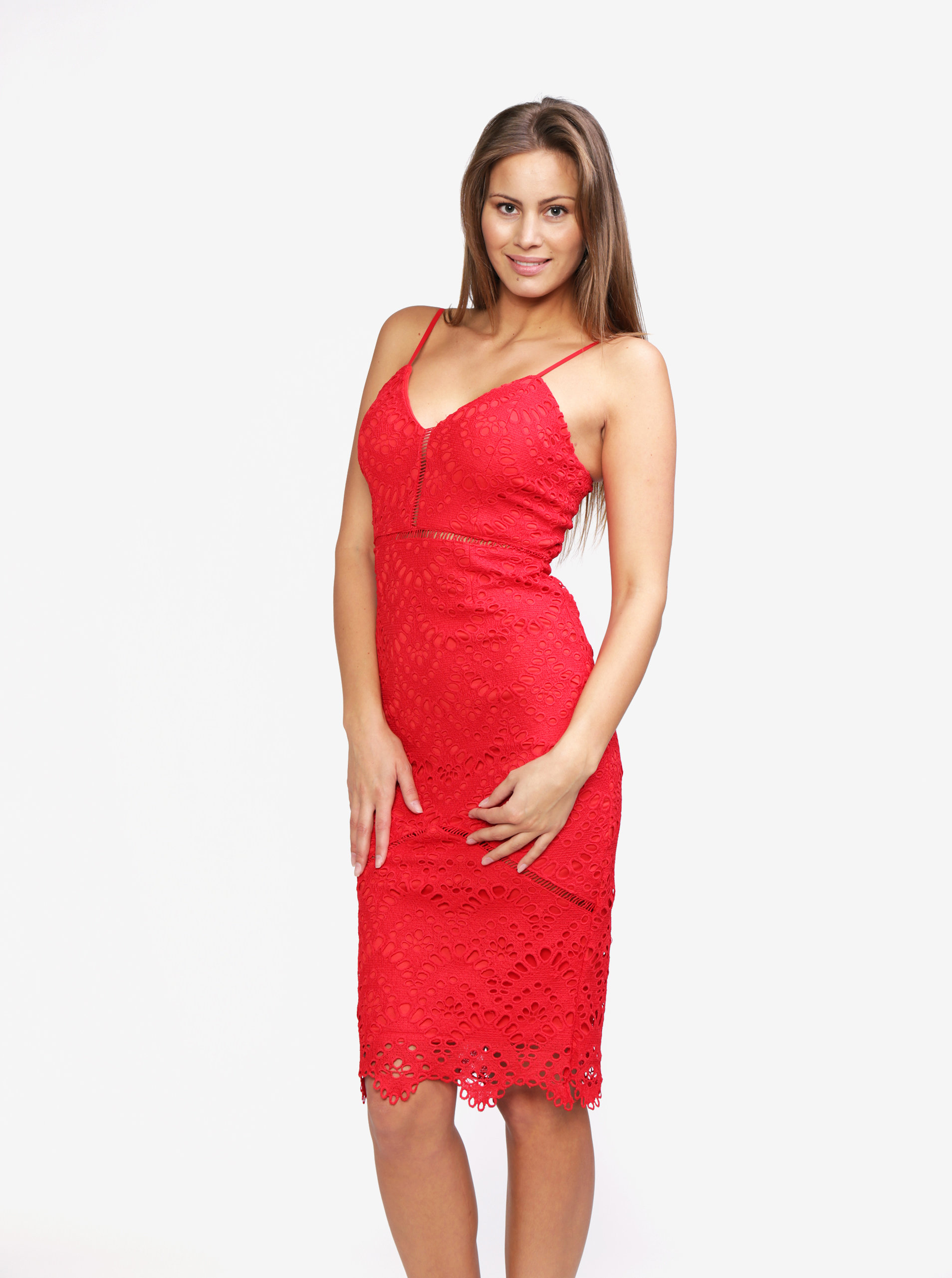 4e19044c2076 Červené čipkované šaty na ramienka MISSGUIDED ...