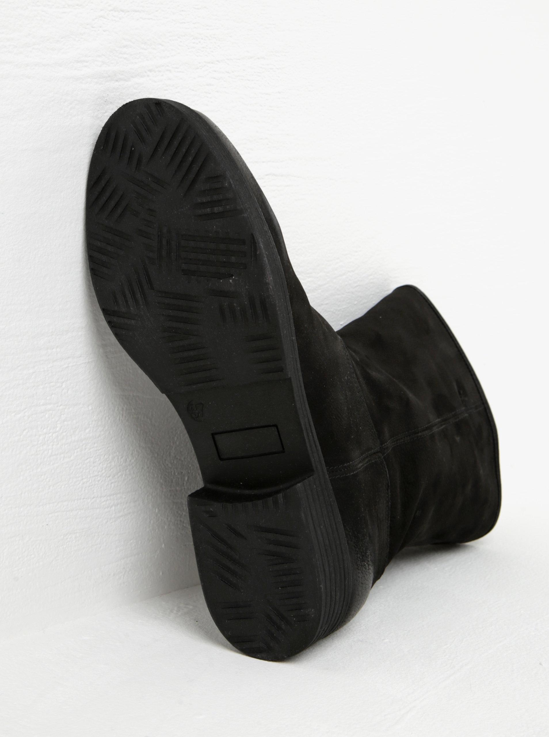 c98fdfaaf6c3e Čierne dámske kožené nízke čižmy s.Oliver | ZOOT.sk