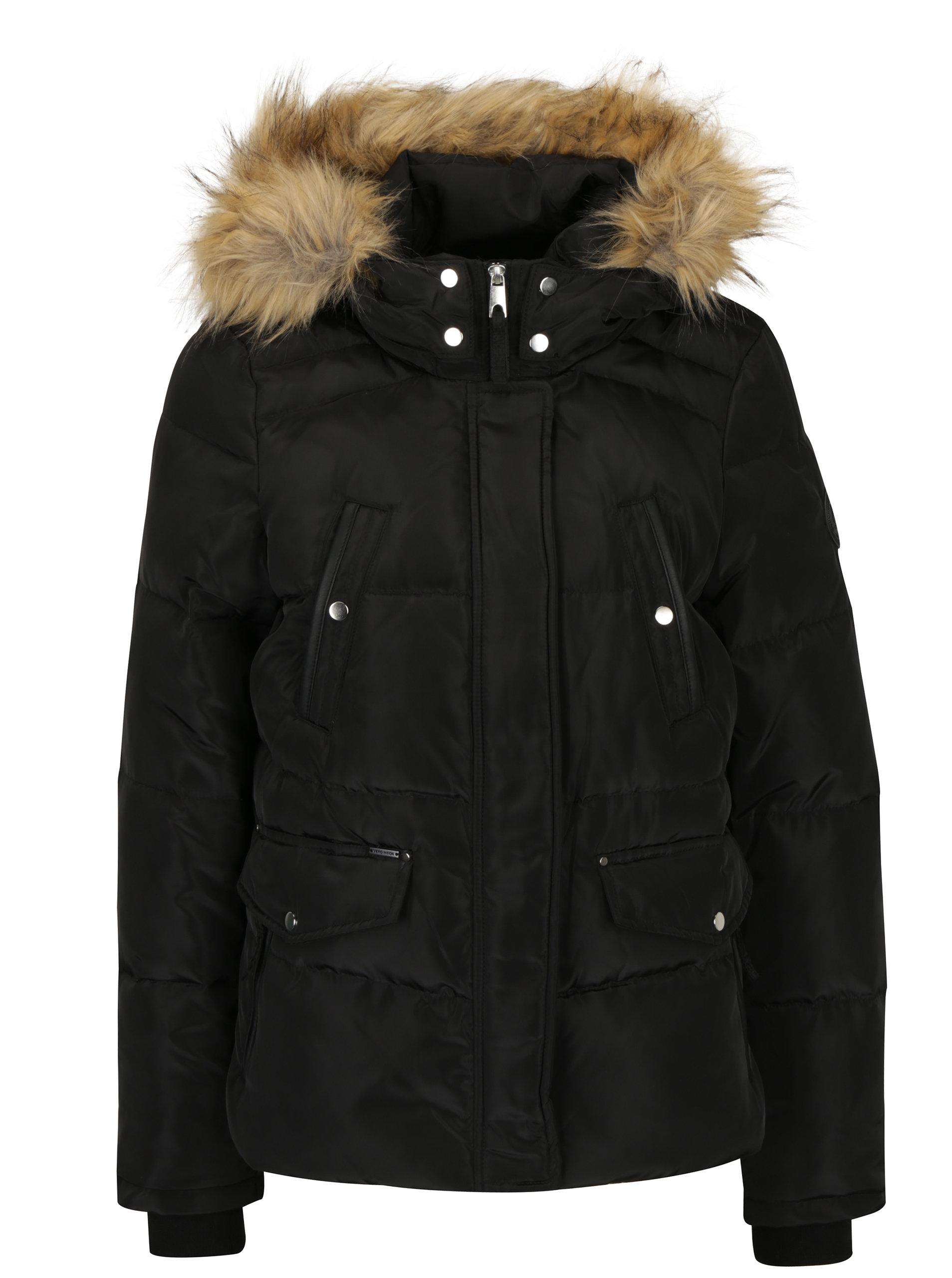 Čierna zimná prešívaná bunda s kapucňou VERO MODA Fea ... dc8b9e431e5