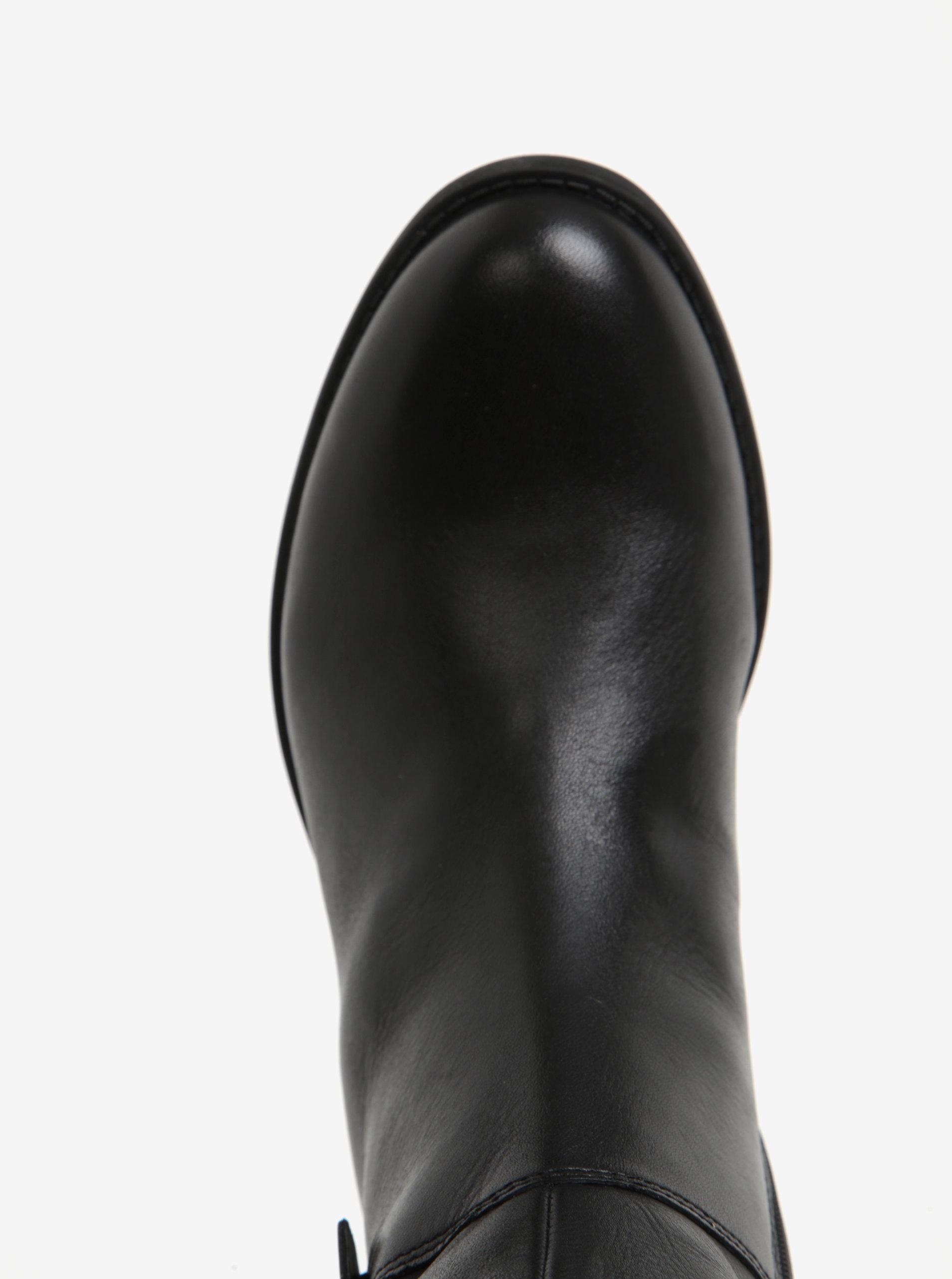b8c2963c31 Čierne dámske kožené čižmy Vagabond Cary ...