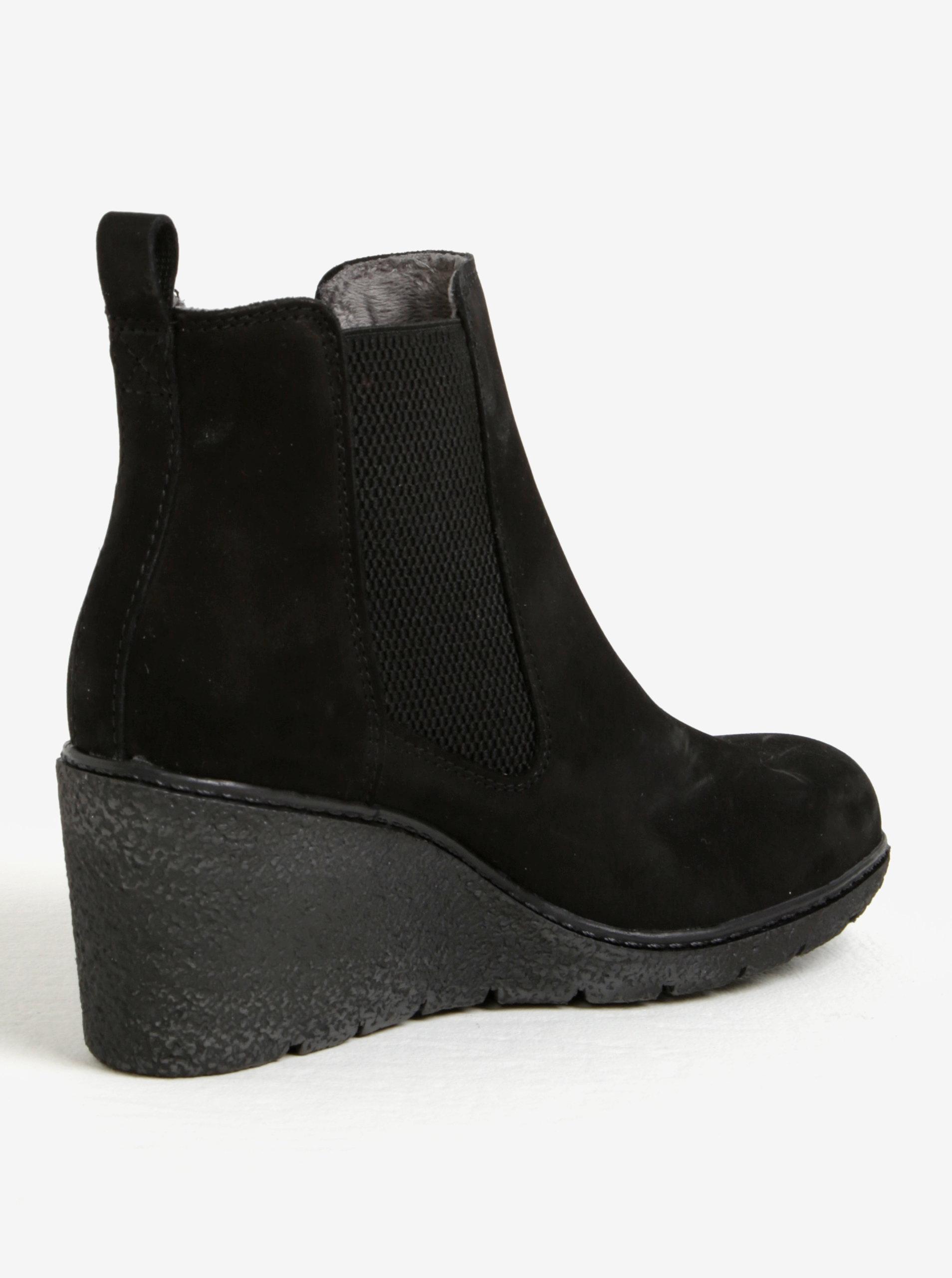 3008afd3c7c0 Čierne kožené chelsea topánky na plnom opätku Tamaris ...