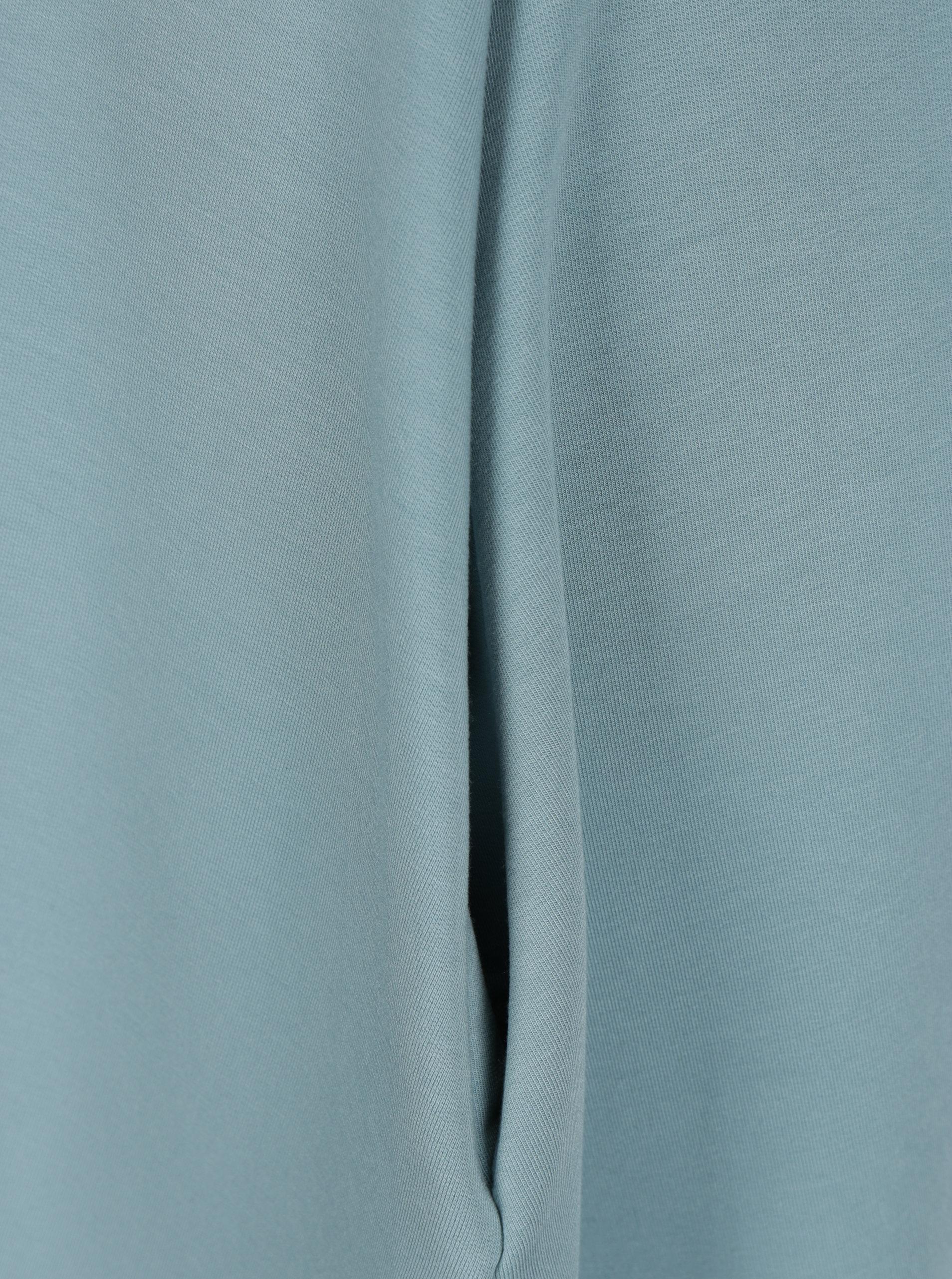 Modré áčkové šaty s 3 4 rukávmi miestni Kla ... 51bdf324a98