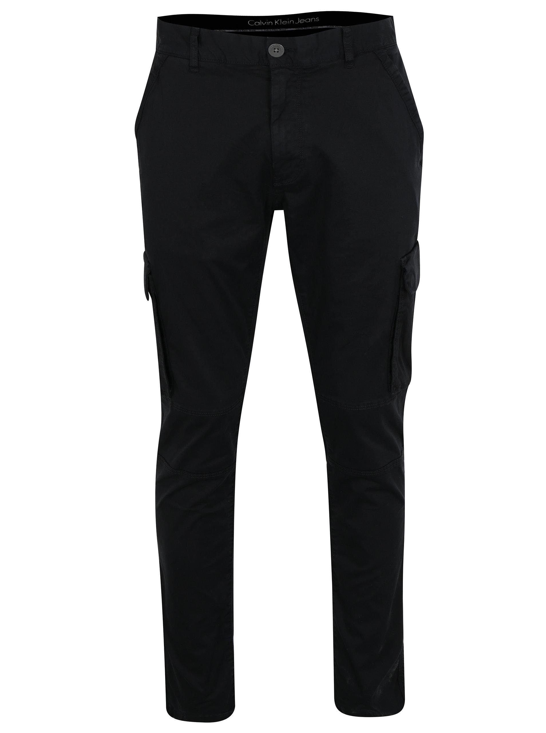 9bf02927ec Černé pánské kalhoty s kapsami Calvin Klein Gravel ...