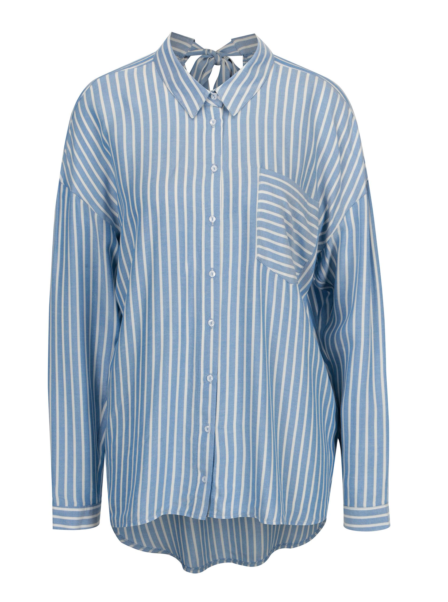 22f17dd3f4f Bílo-modrá pruhovaná volná košile s mašlí na zádech ONLY Bluff ...