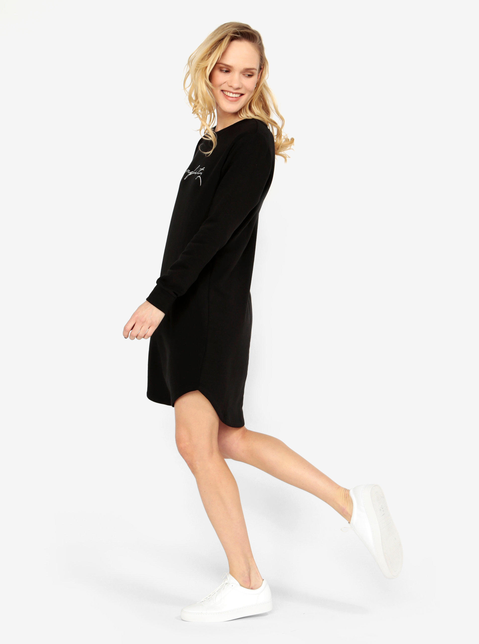 4c2caca6a828 Čierne mikinové šaty s dlhým rukávom Jacqueline de Yong Tori ...