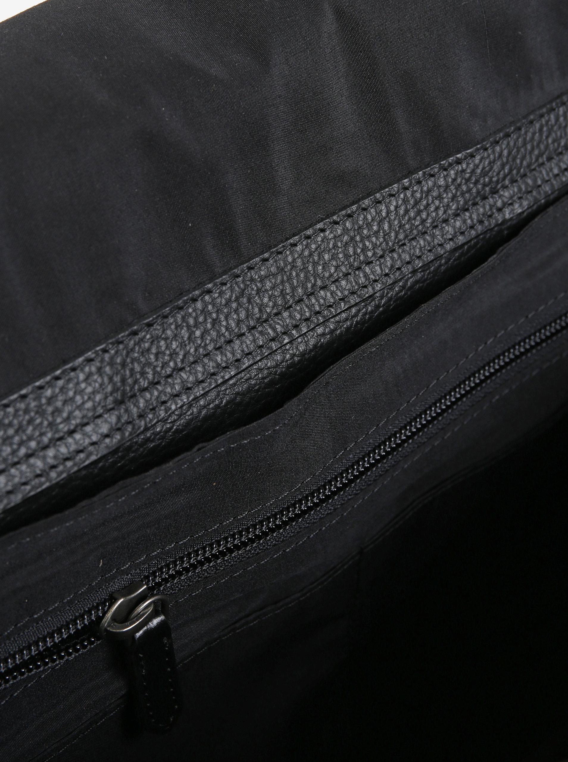 1267fbc0d2 Černá pánská kožená taška na notebook Royal RepubliQ Omega 13
