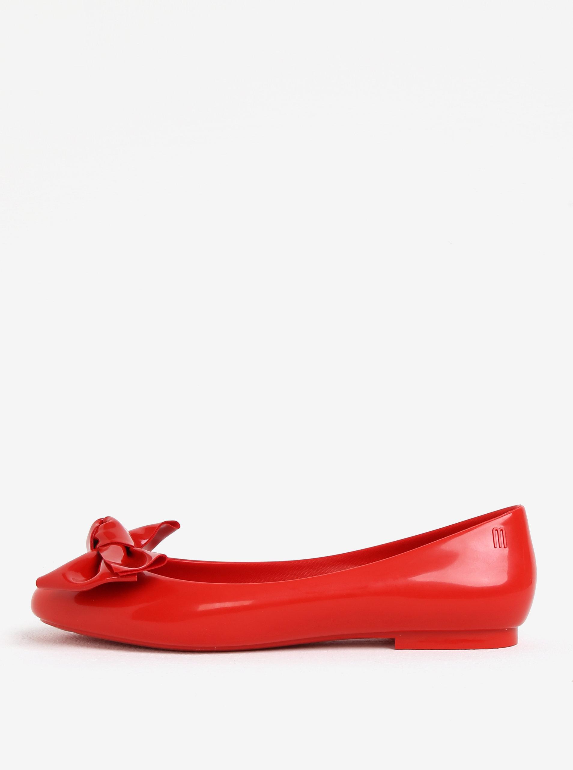f7cf7ce327f Červené lesklé baleríny s mašlí Melissa Doll ...
