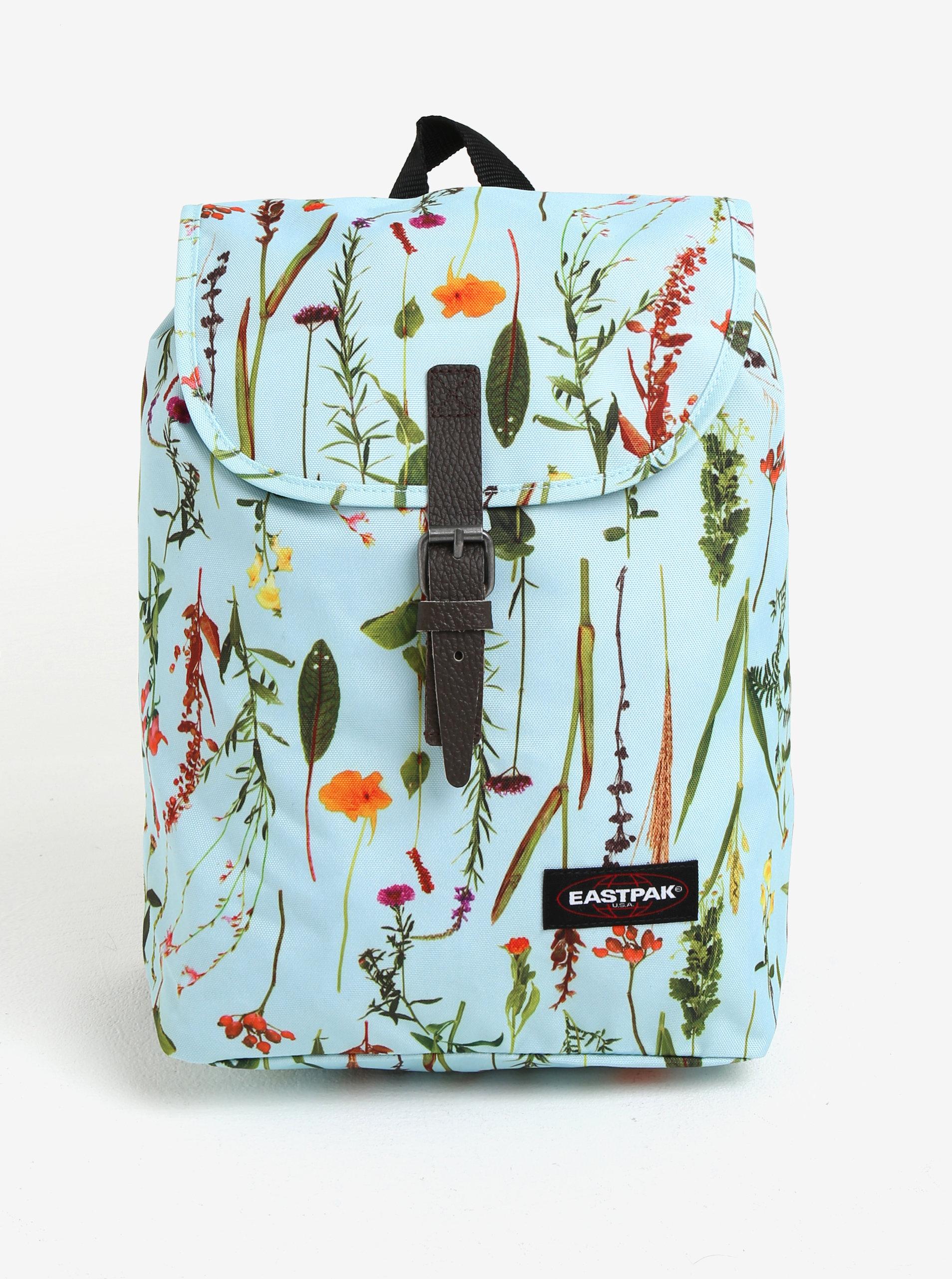 Modrý dámský květovaný batoh Eastpak Casyl 10 3c2018d7a7