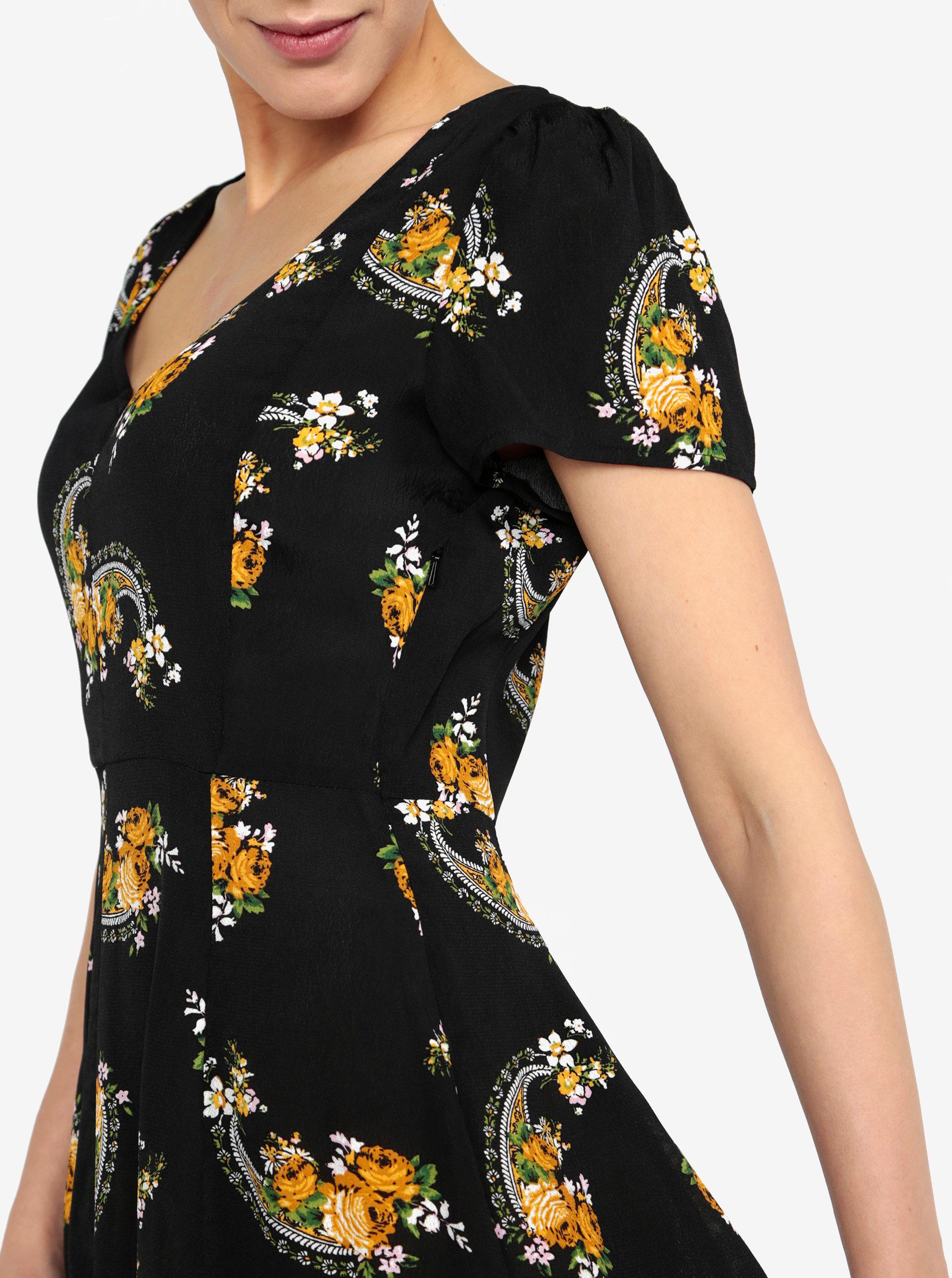 c581d9d2ac8f Černé květované šaty Miss Selfridge ...
