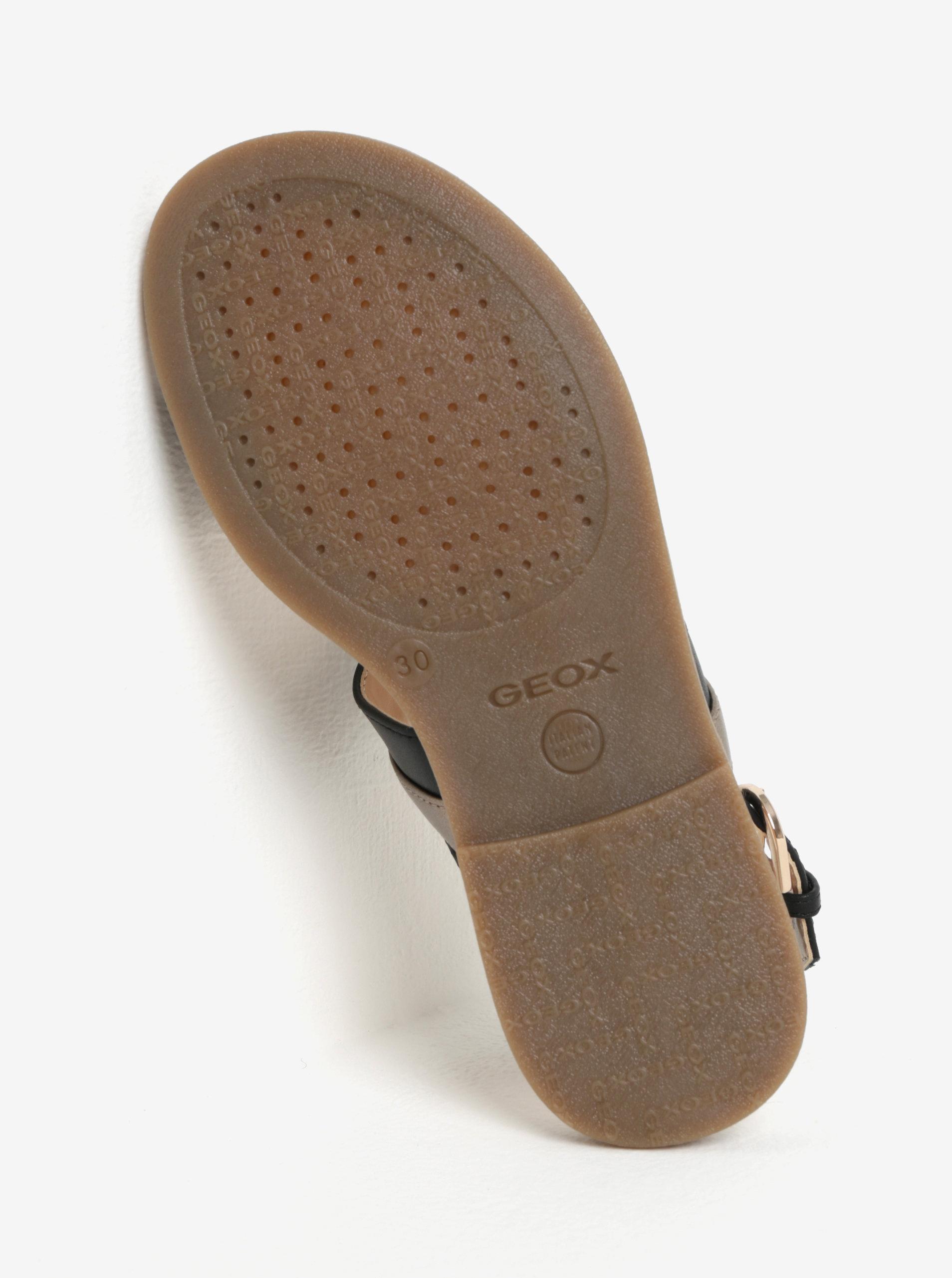 aade15bf40 Dievčenské sandáliky v zlato-čiernej farbe Geox Karly ...