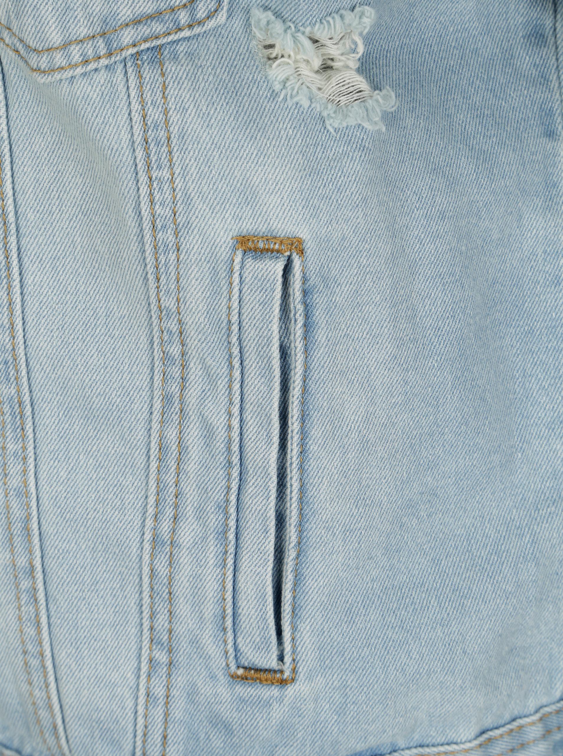 f2e2e8de7624 Modrá džínová bunda s potrhaným efektem a výšivkou ONLY Caroline ...