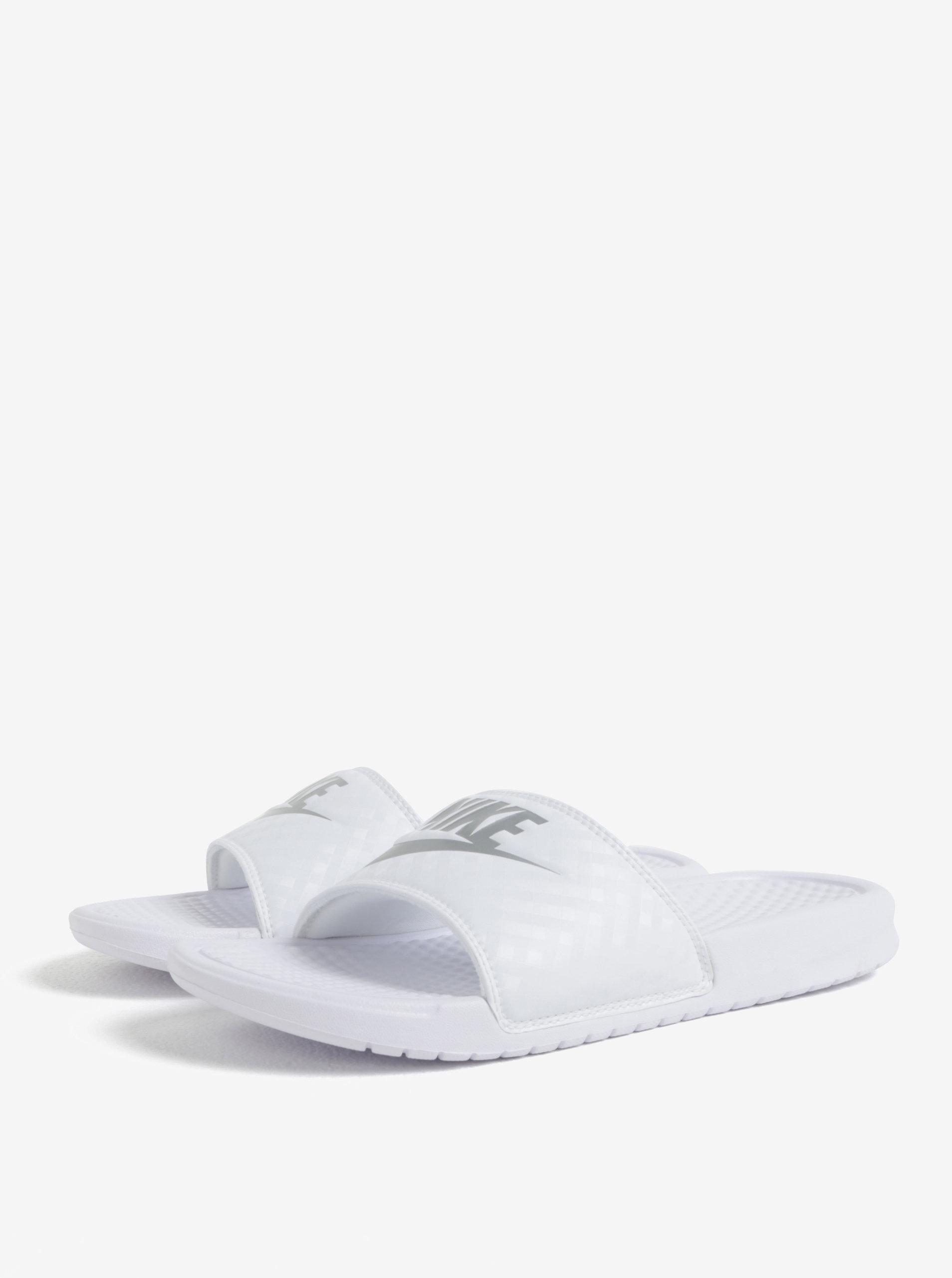 Biele dámske šľapky Nike Benassi Jdi ... 0f129018c9a