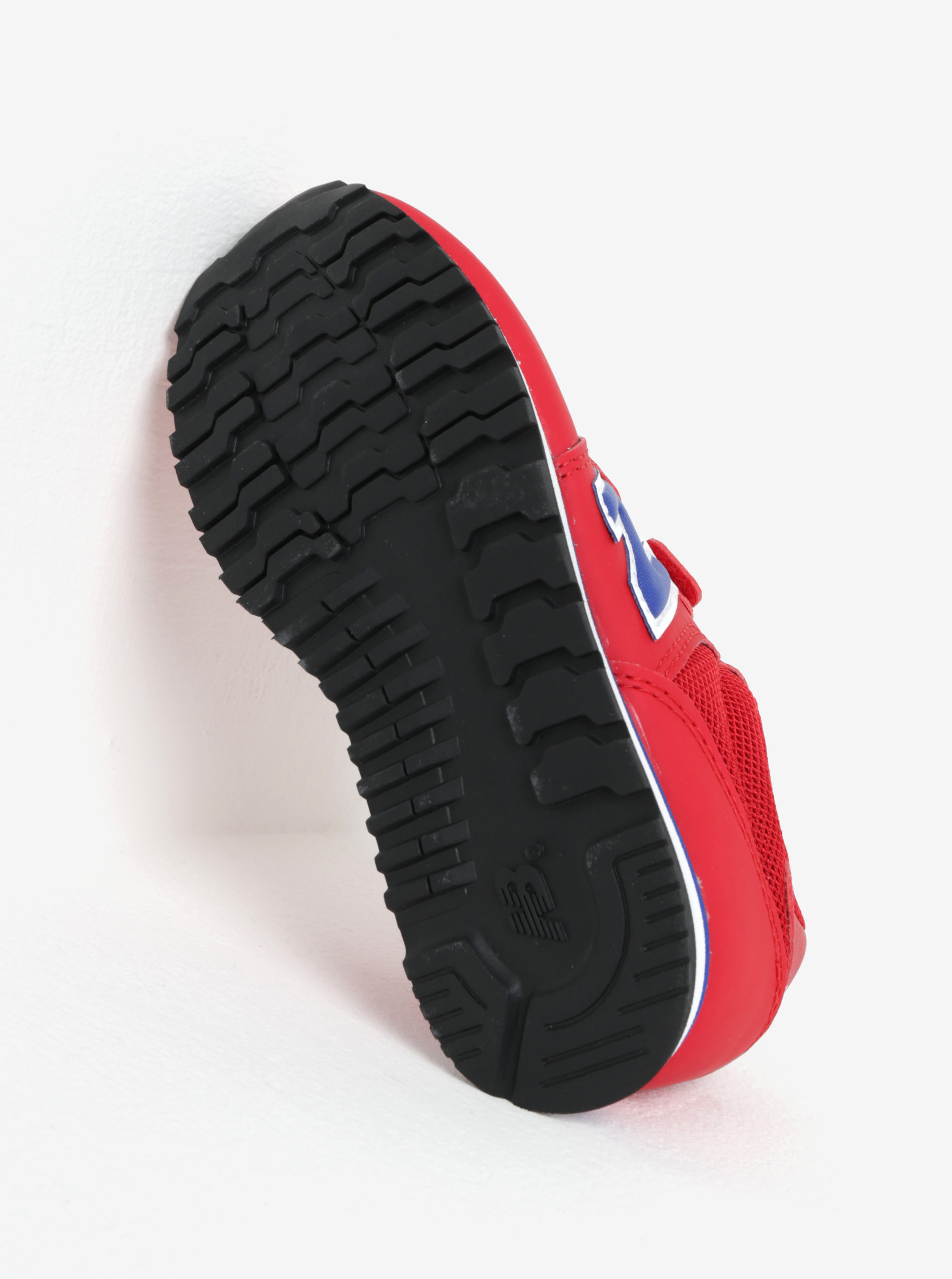 Červené detské tenisky na suchý zips New Balance ... 4605a5d8d02