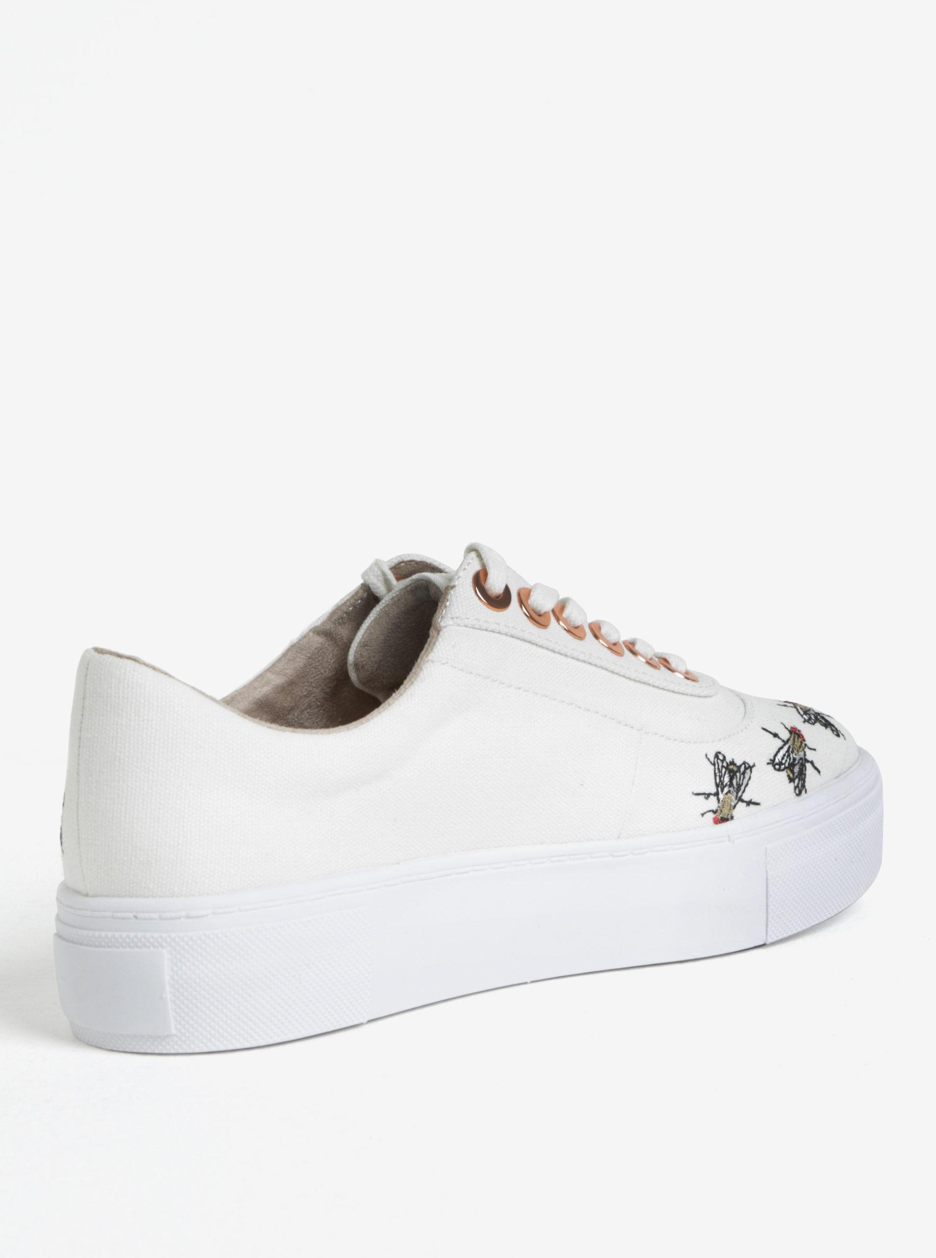 Bílé tenisky na platformě s výšivkami Tamaris ... 427e0c622d