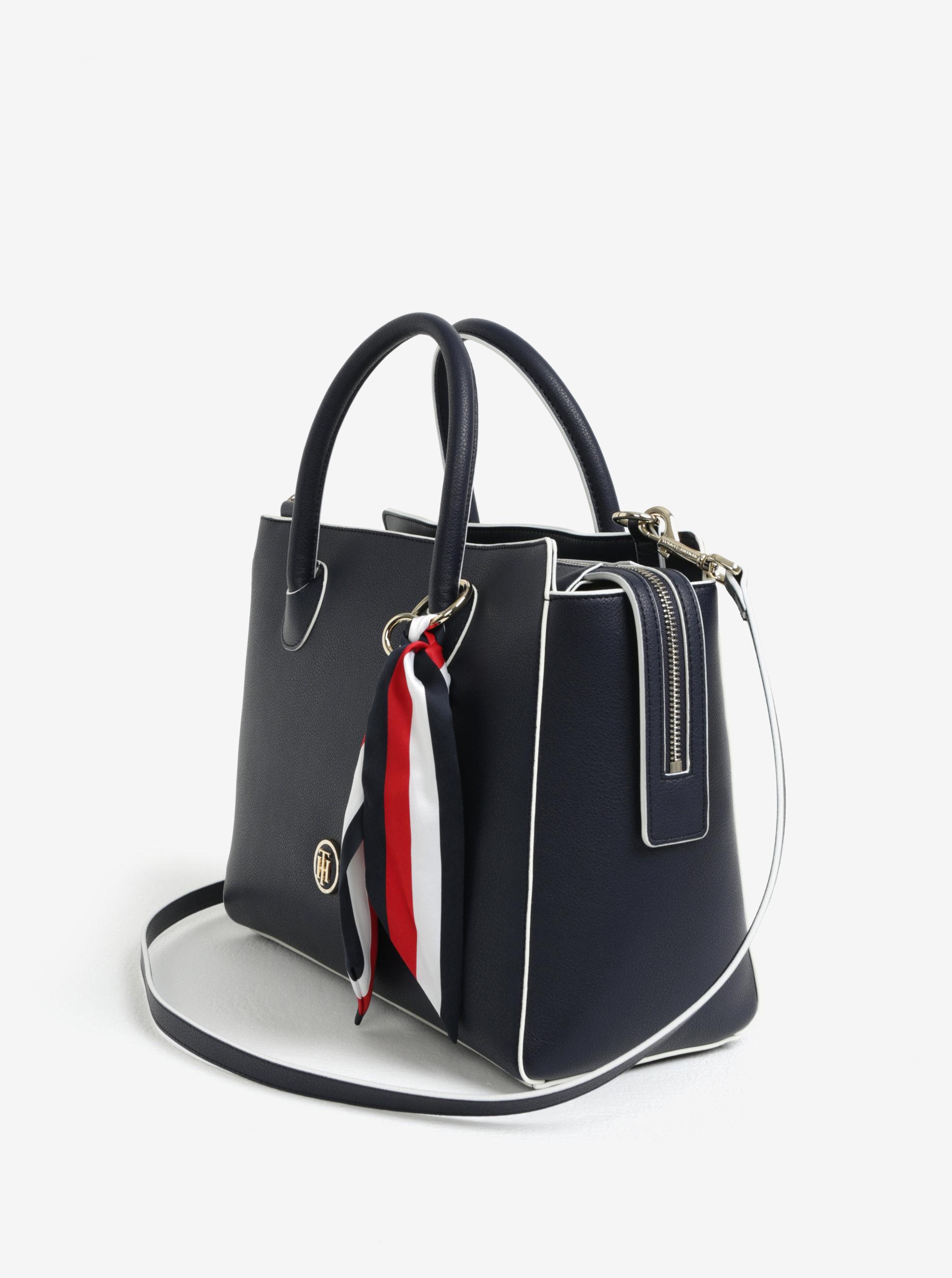f25c804d36 Tmavě modrá dámská kabelka s šátkem Tommy Hilfiger ...
