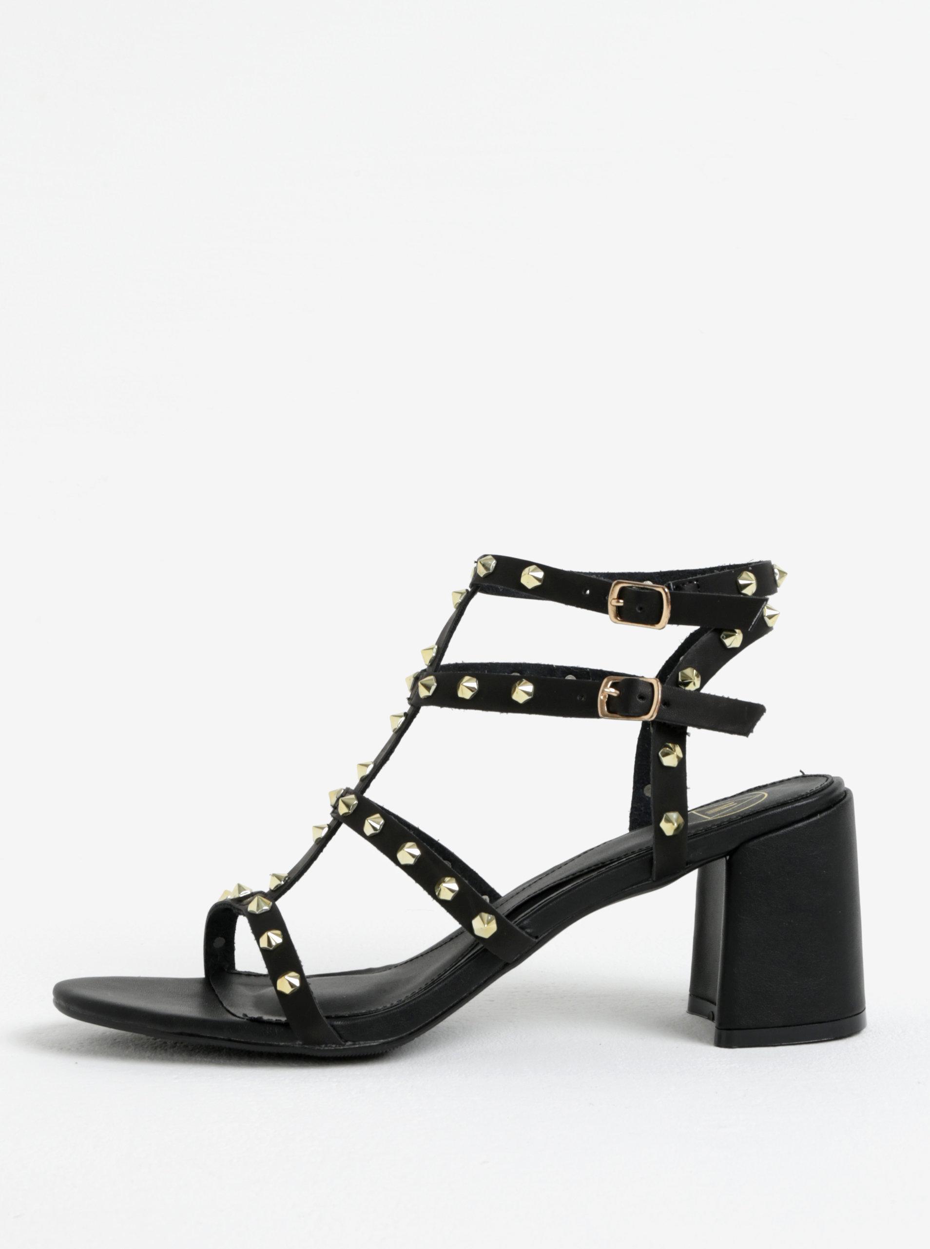 4b7b2a4c9d91 Čierne sandále s aplikáciou v zlatej farbe MISSGUIDED ...