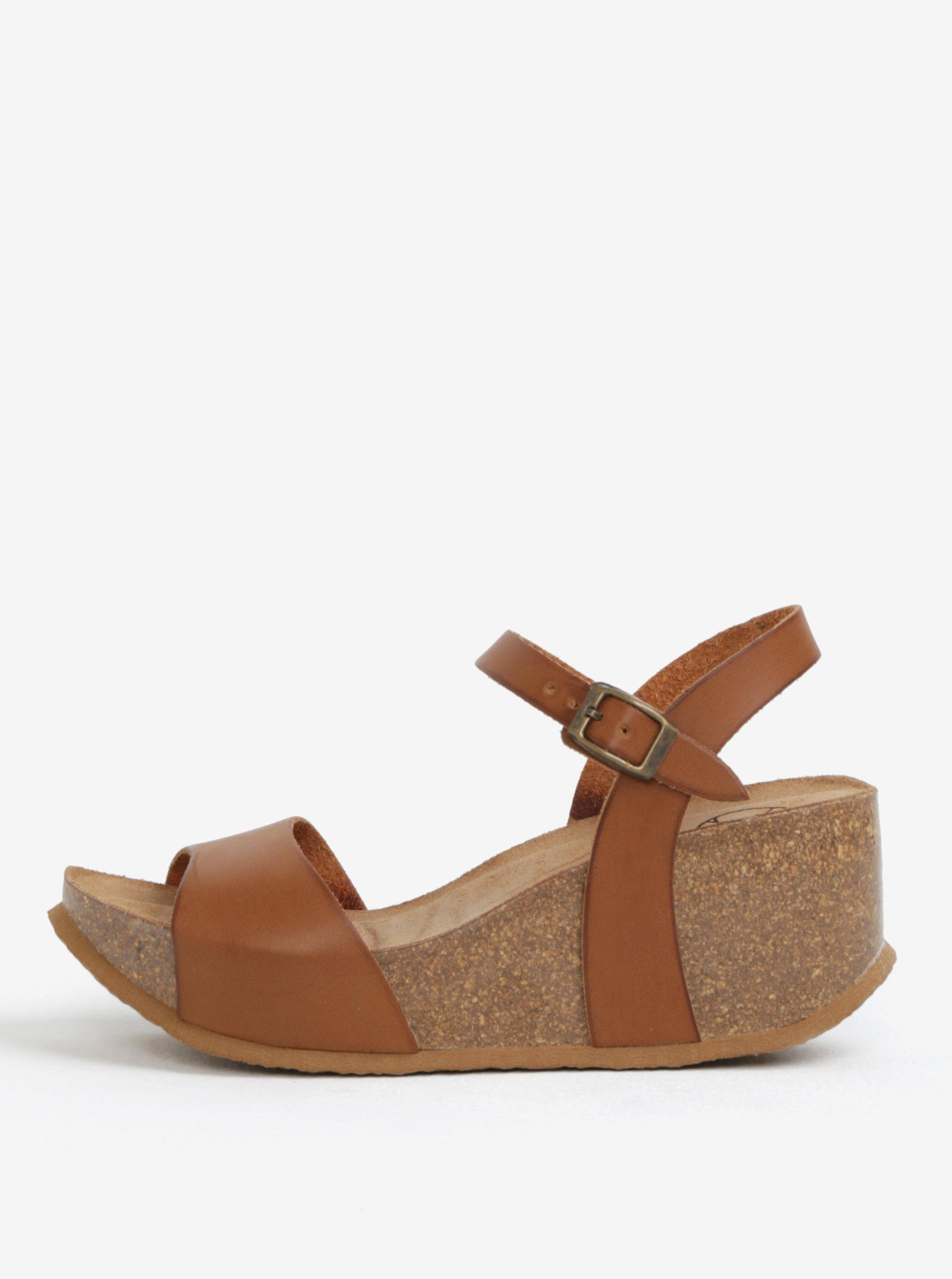 cec658ec6b48 Hnedé sandále na platforme OJJU ...