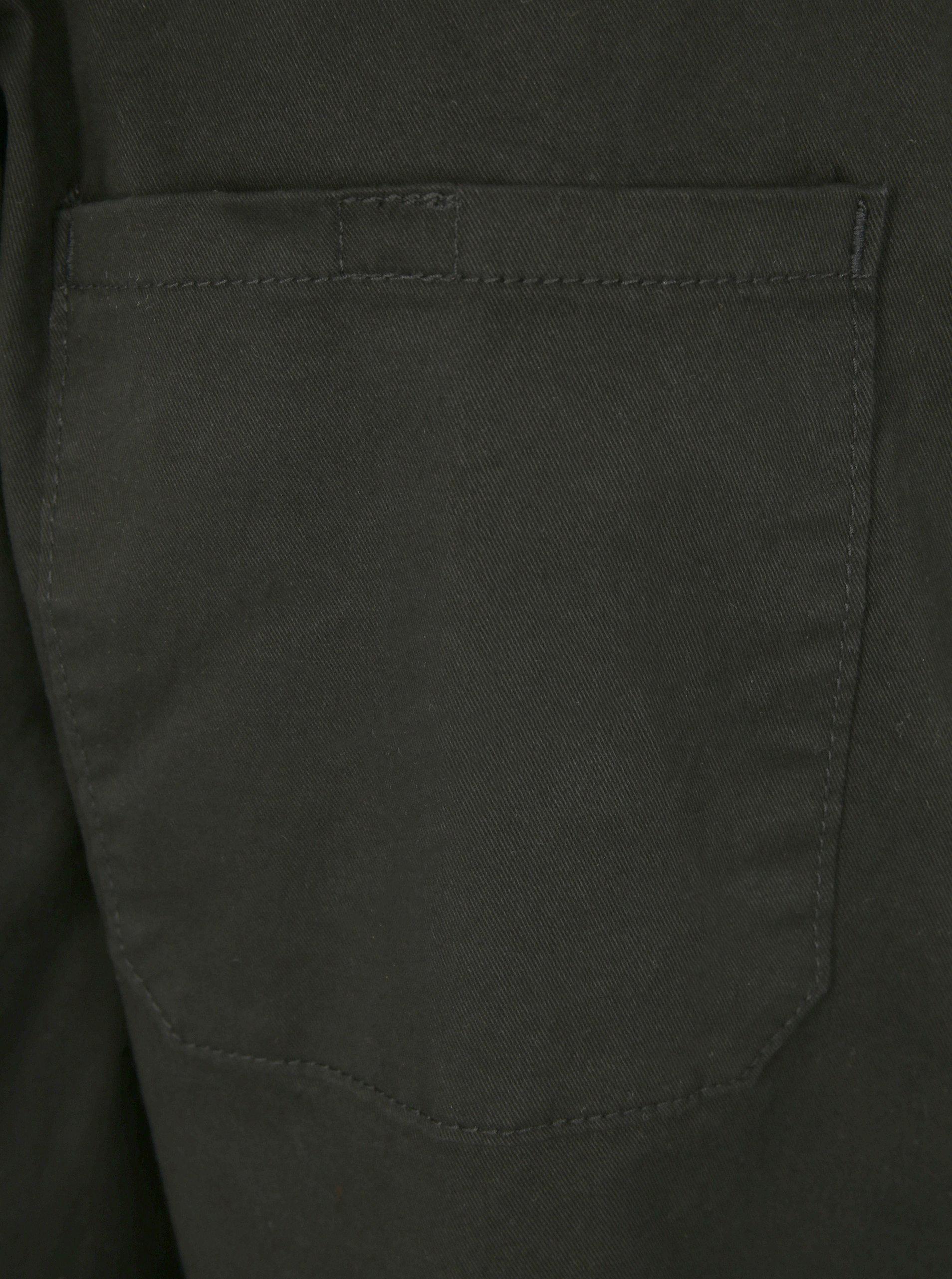 332dcfc27a5 Černé kalhoty s pružnou gumou u kotníků JP 1880 ...