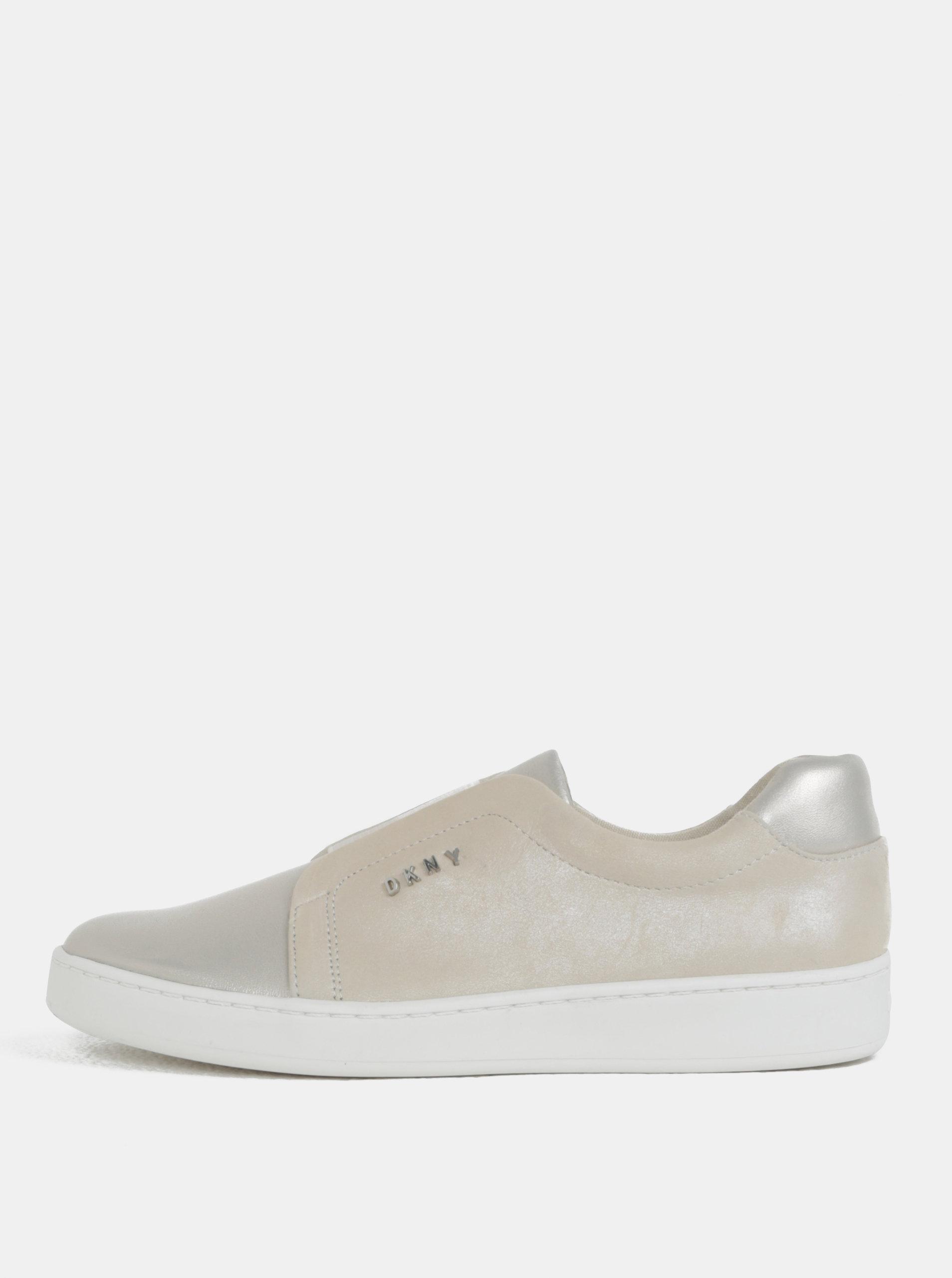 Béžové kožené slip on s detaily ve stříbrné barvě DKNY
