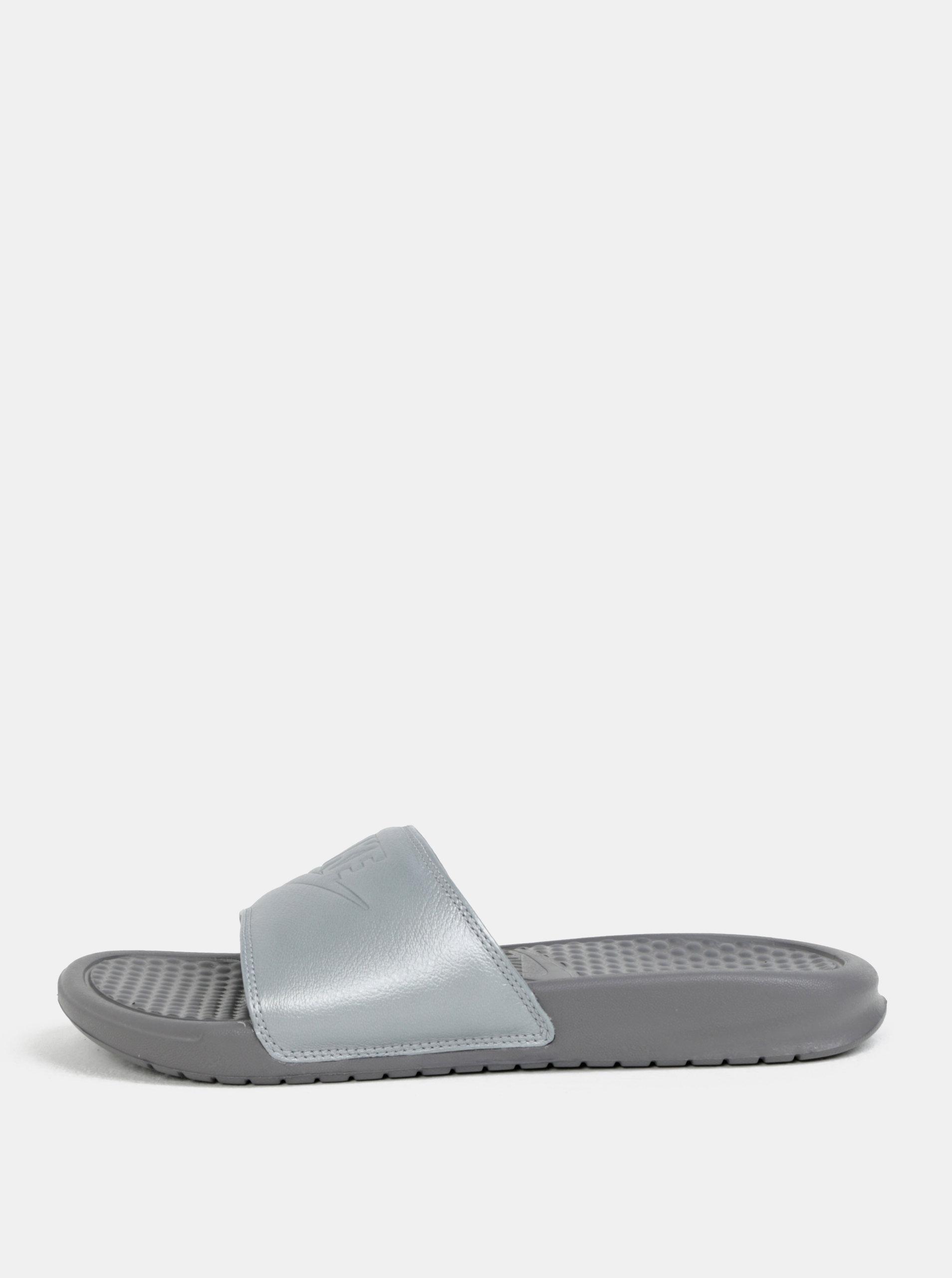 3f1c83ae68445 Sivé dámske šľapky Nike Benassi | ZOOT.sk