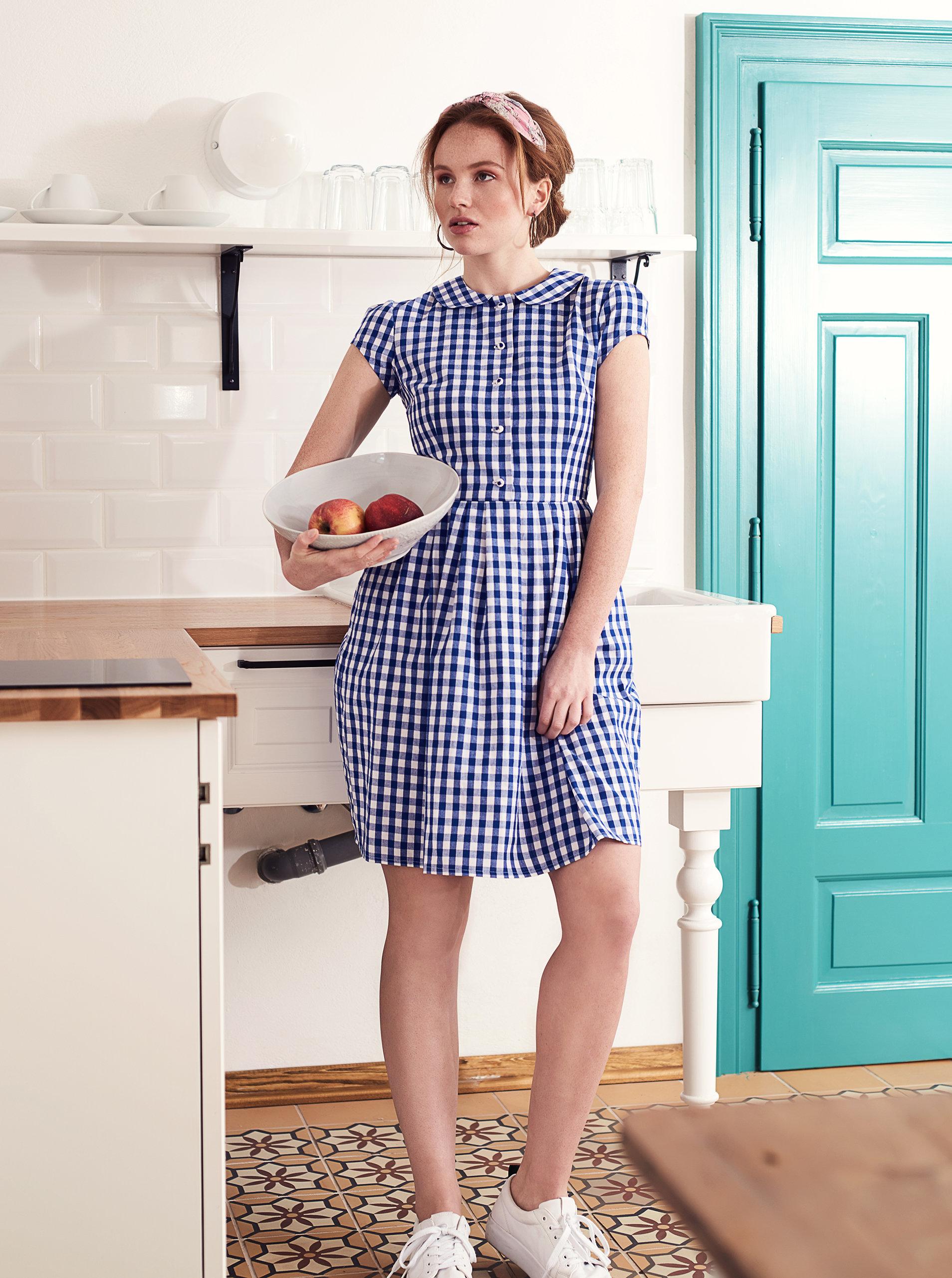 60d7ee23e20b Tmavomodré kockované košeľové šaty Bohemian Tailors Eldora ...