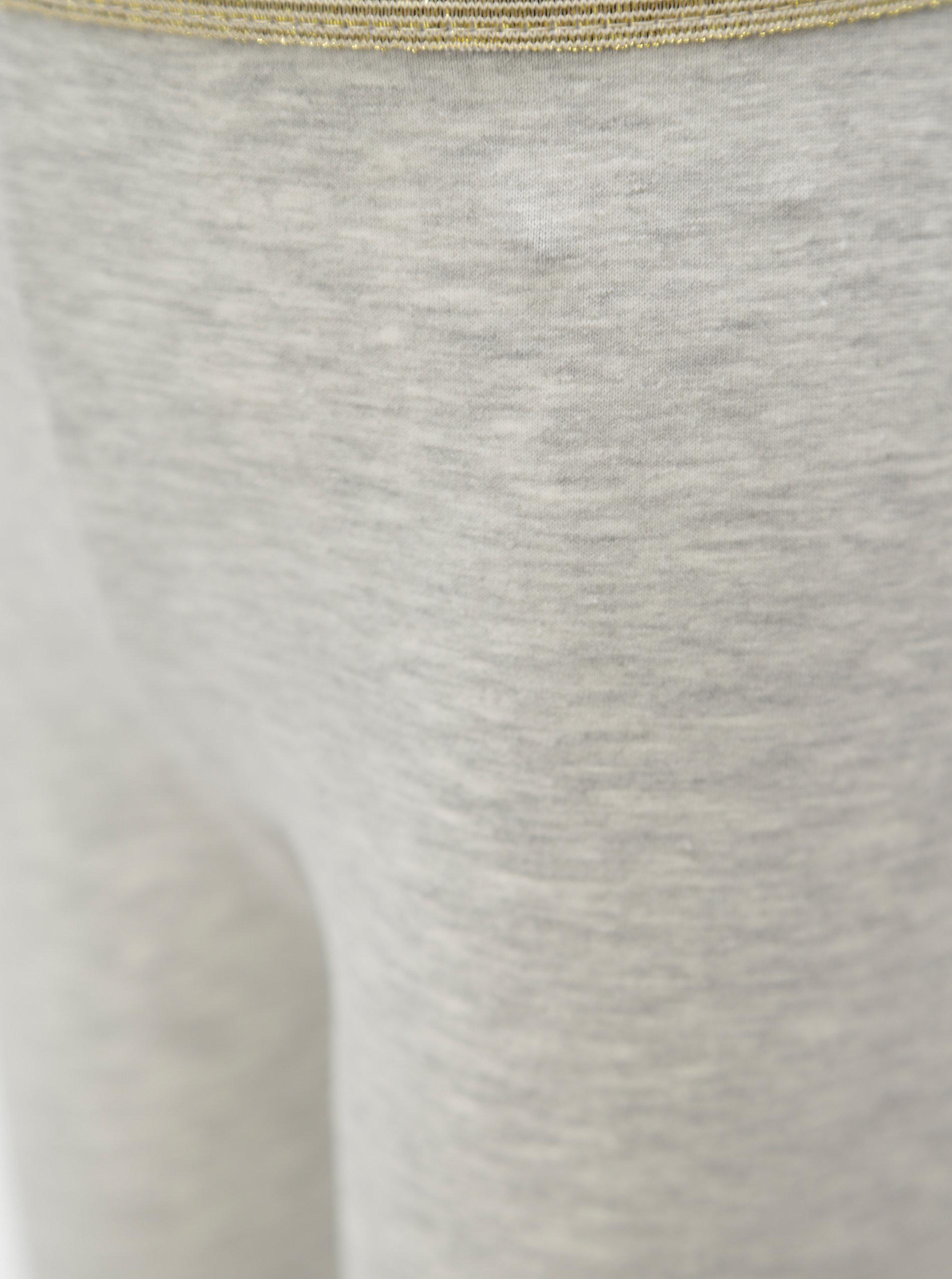 Světle šedé holčičí legíny s potiskem ve zlaté barvě 5.10.15.  28cb5b0d45