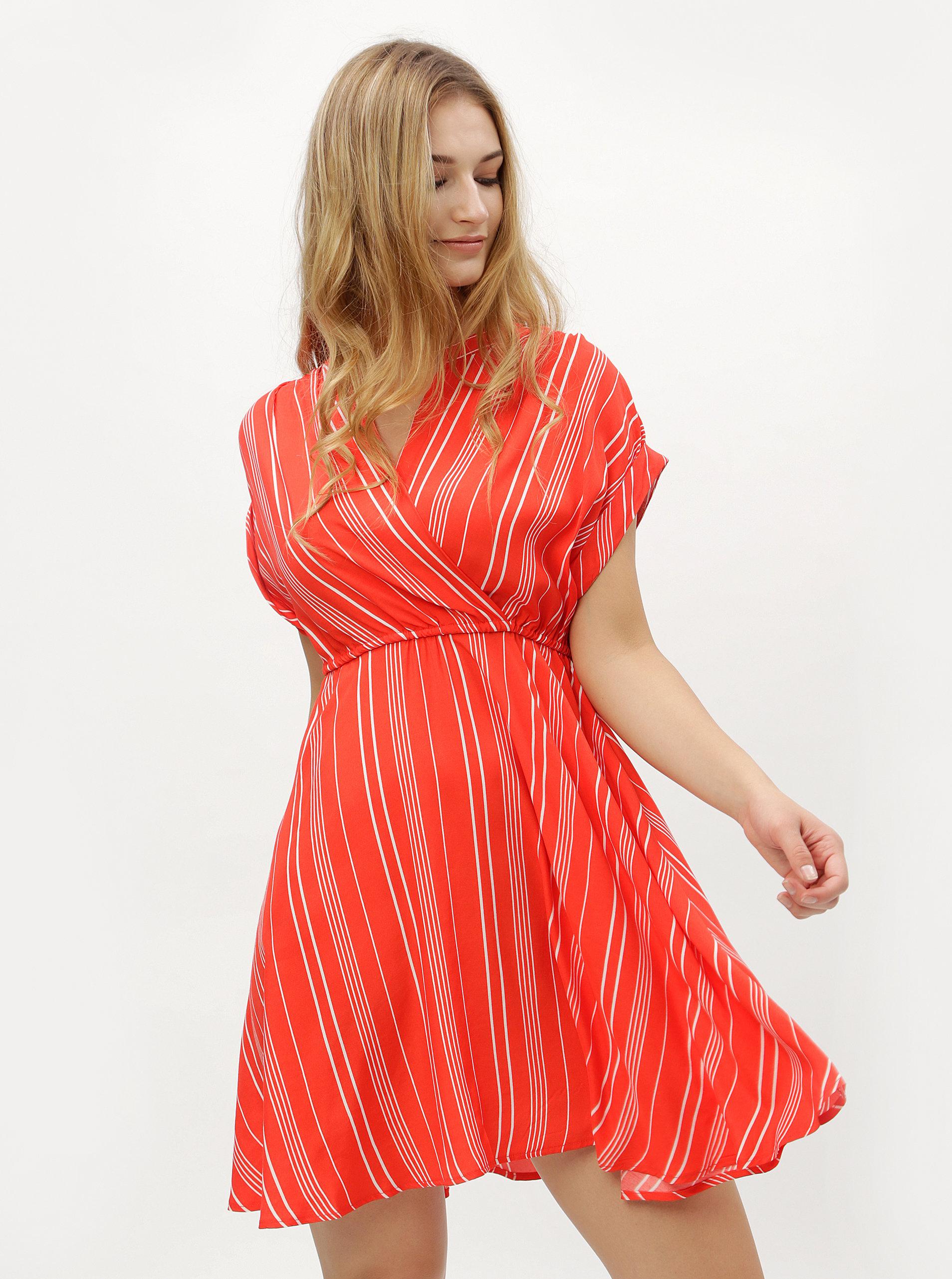 300b2443af48 Červené pruhované šaty s prekladaným výstrihom VERO MODA Laura ...