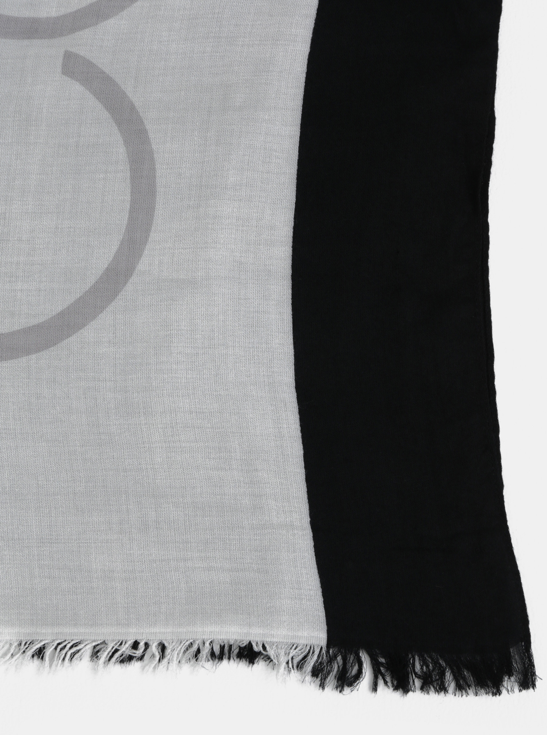 Bílo-černý dámský šátek Calvin Klein Jeans ... 01096f2165