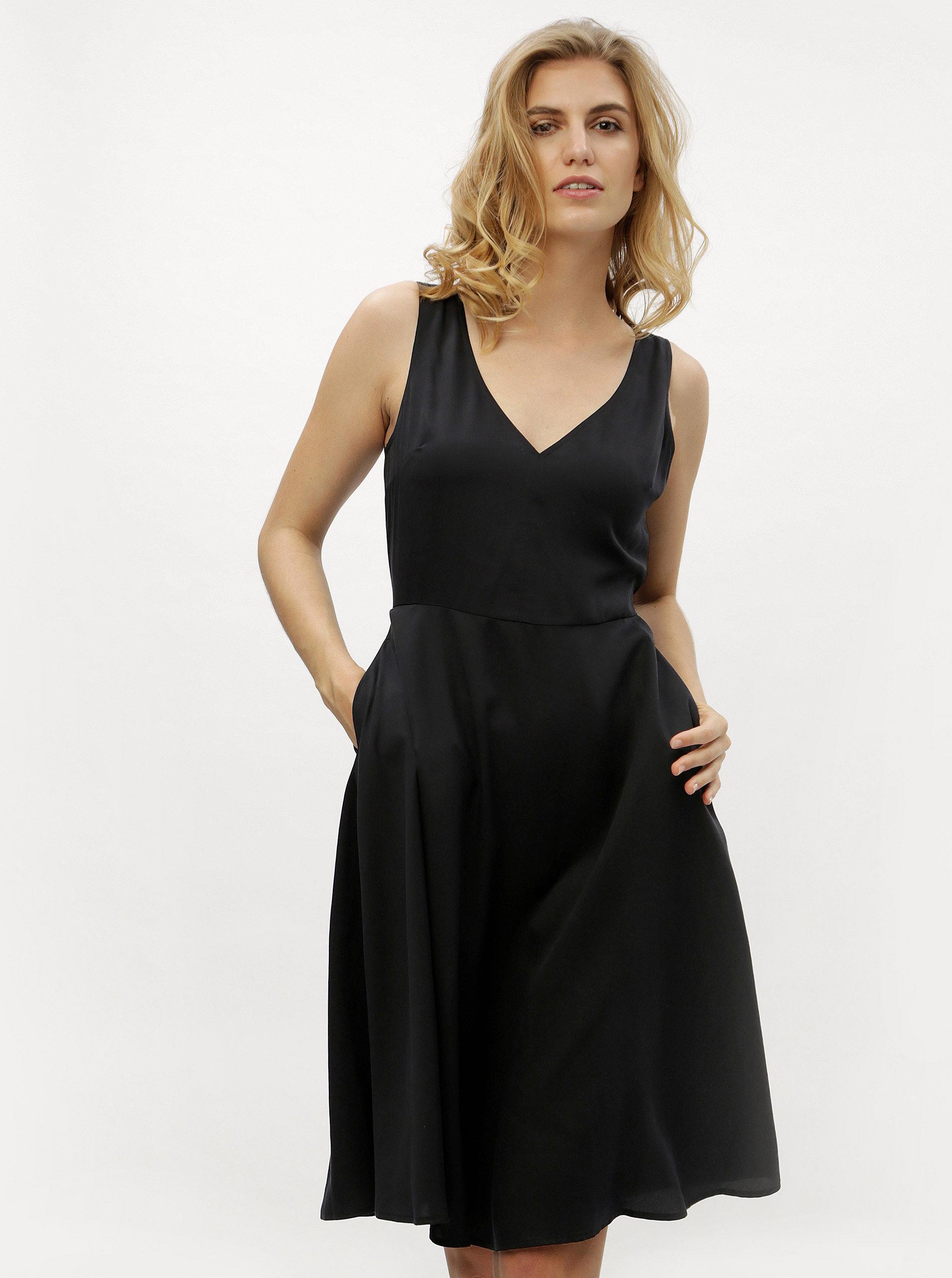 Čierne áčkové šaty Calvin Klein Jeans ... db80bc95607