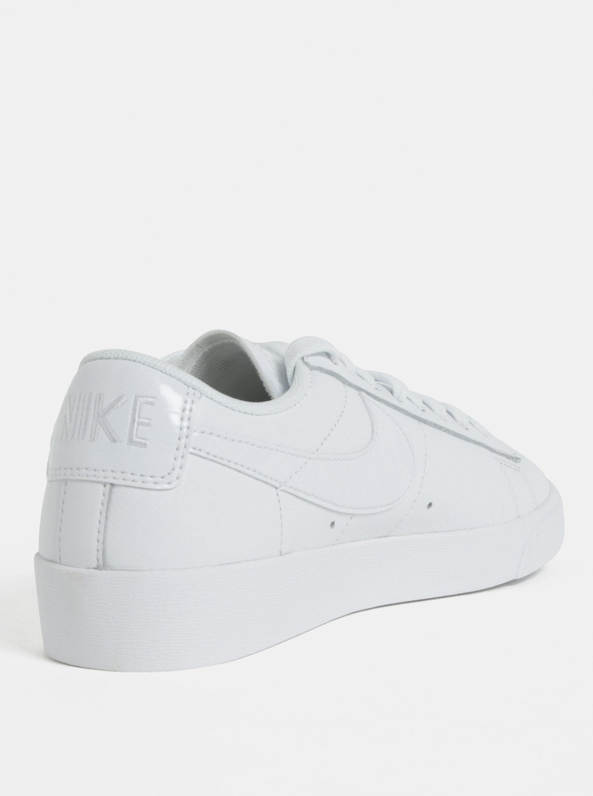 3d4948272a45 Biele dámske kožené tenisky Nike Blazer Low Leather ...